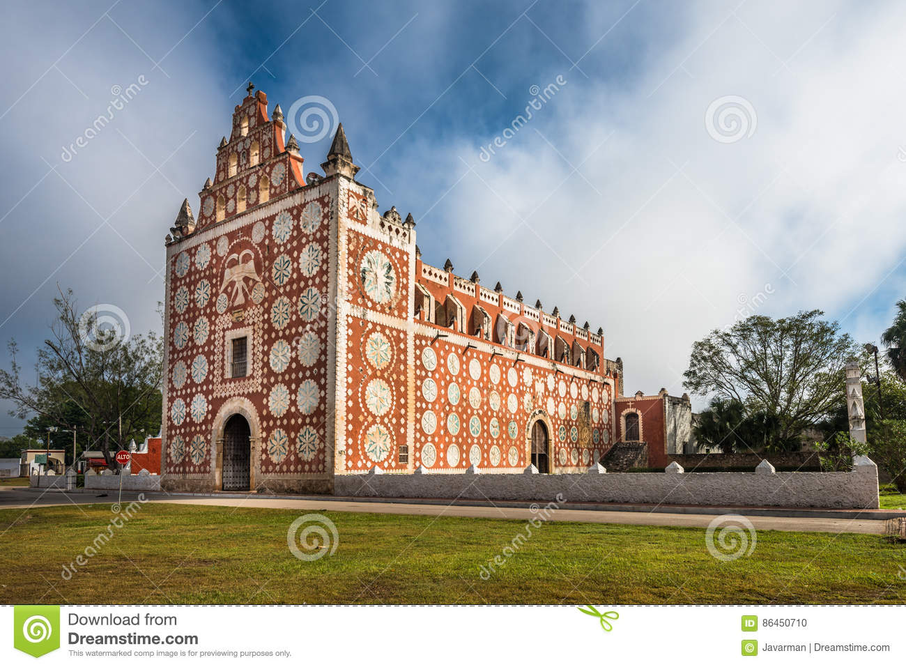 Download Uayma Church, Unique Colonial Architecture In Yucatan, Mexico Stock Photo - Image of architecture, cathedral: 86450710