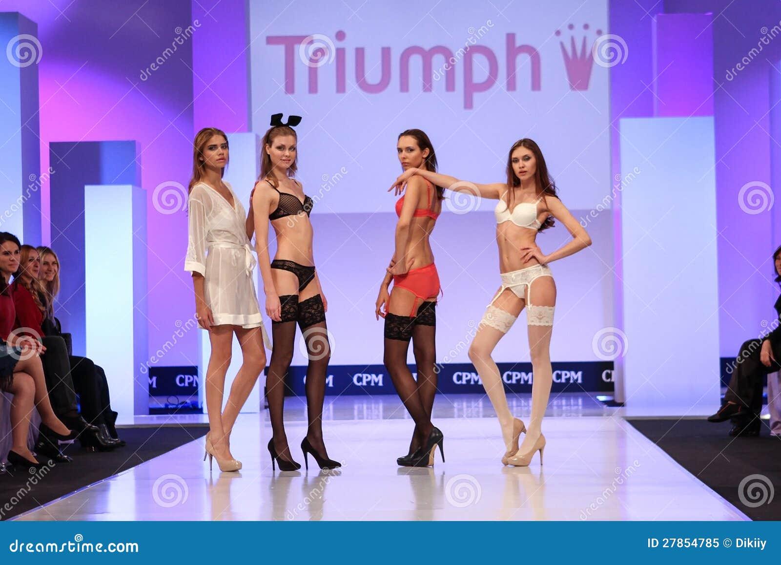 Ubraniowa triumf kolekcja