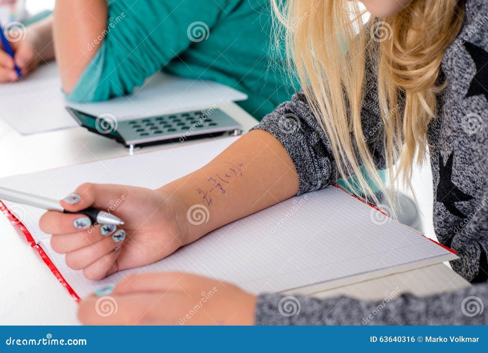 Uczeń kopia daleko dla testa