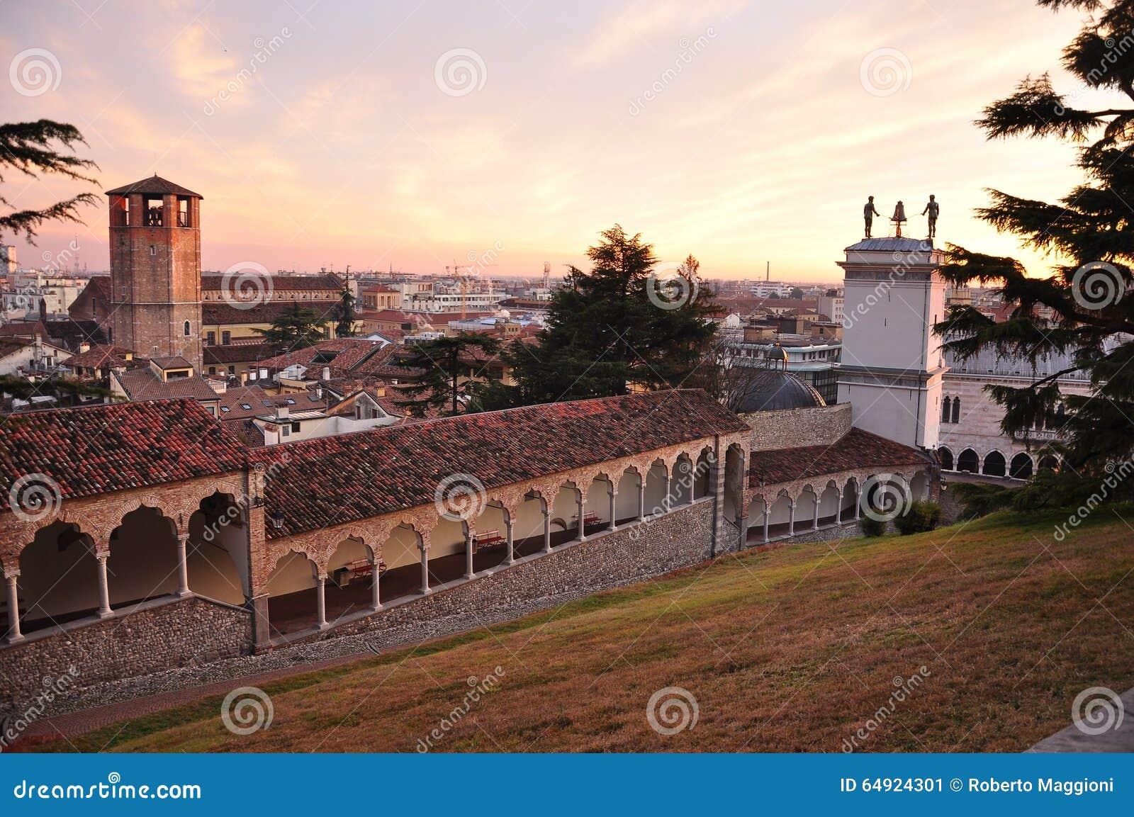 Udine friuli venezia giulia italia porticoes di for Progettazione giardini friuli venezia giulia