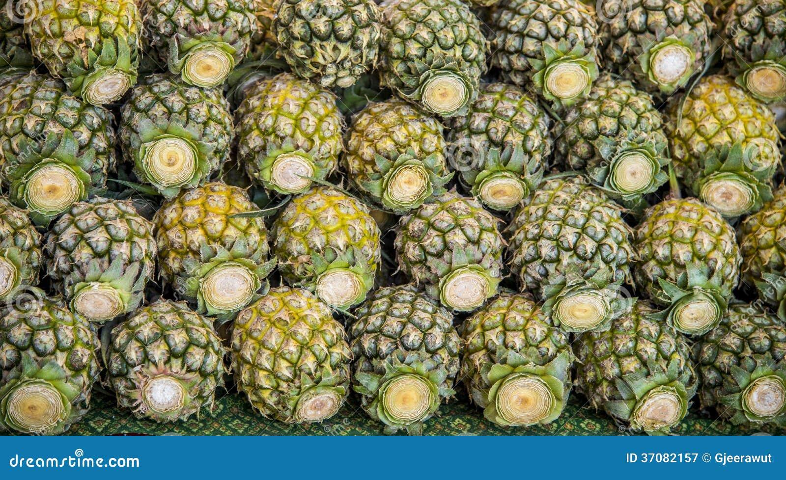 Download Udziały Ananas Dla Sprzedaży Obraz Stock - Obraz złożonej z składnik, owoc: 37082157