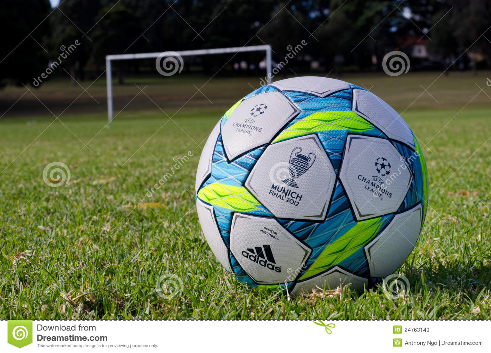 Uefa champions league ball 2012