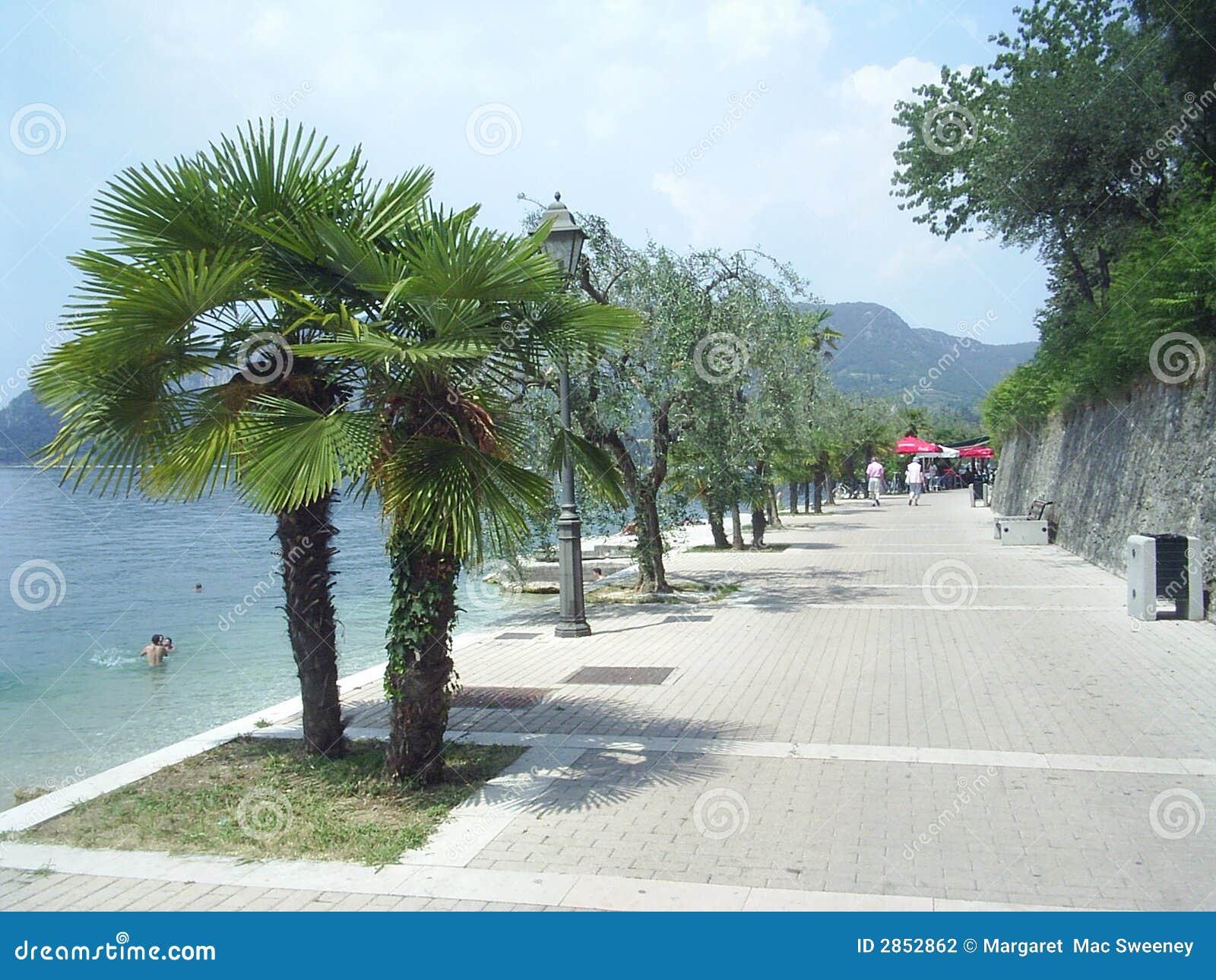 Ufergegendpfad Garda Italien