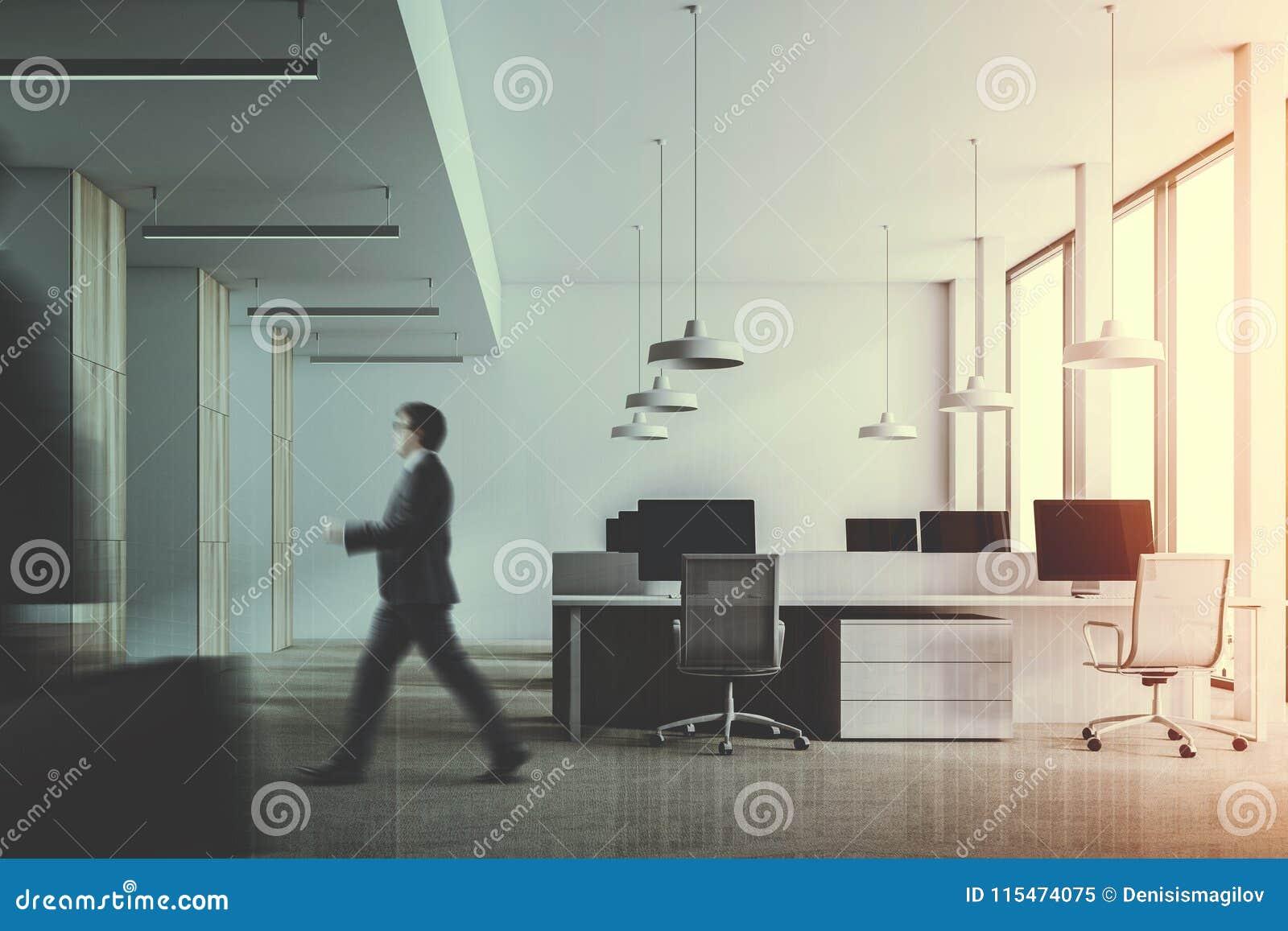 Ufficio Legno Bianco : Ufficio di legno bianco e scuro tonificato immagine stock immagine