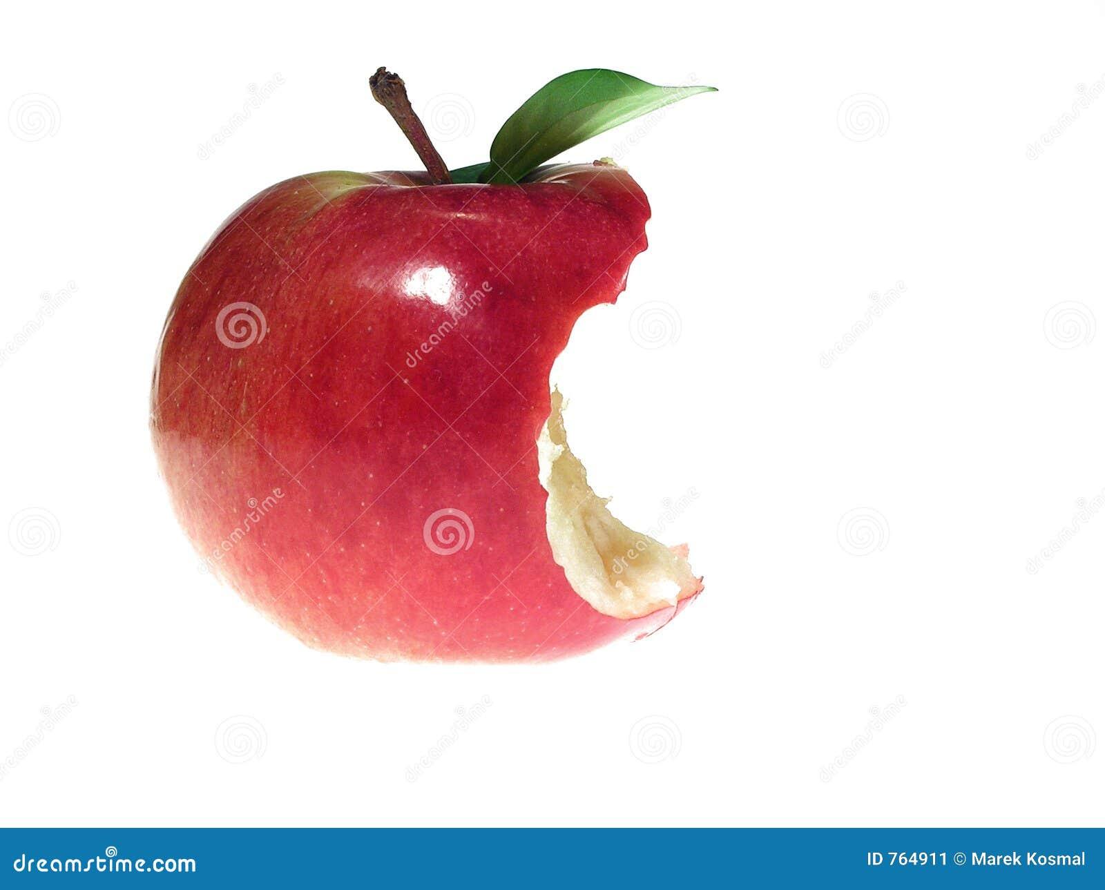 Ugryzł czerwone jabłko