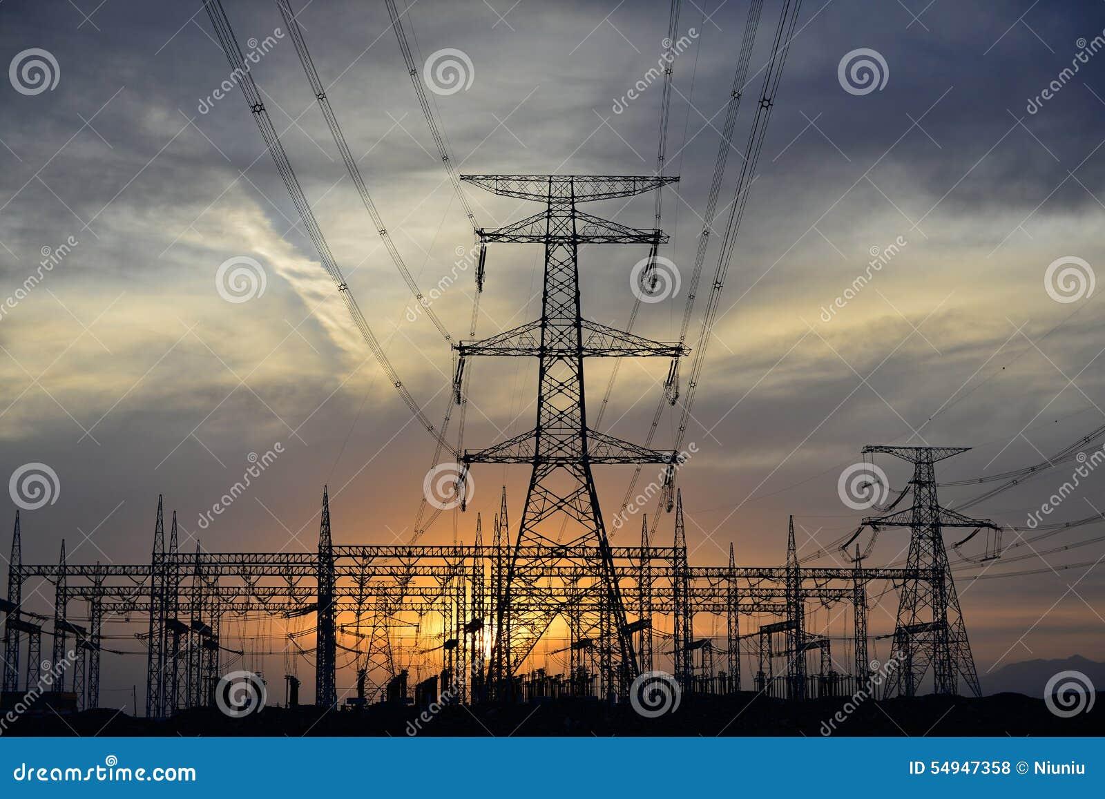 UHV transmission tower