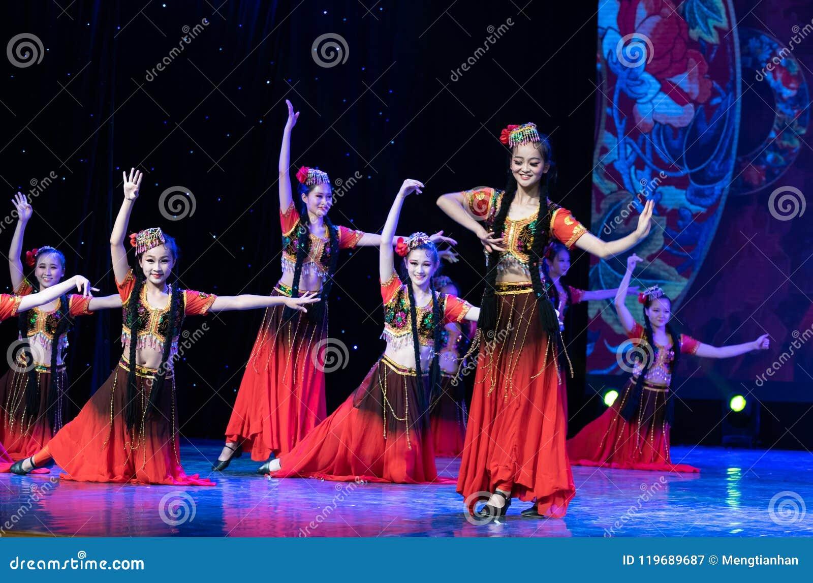 Uighurrosblom-Xinjiang uygur dans