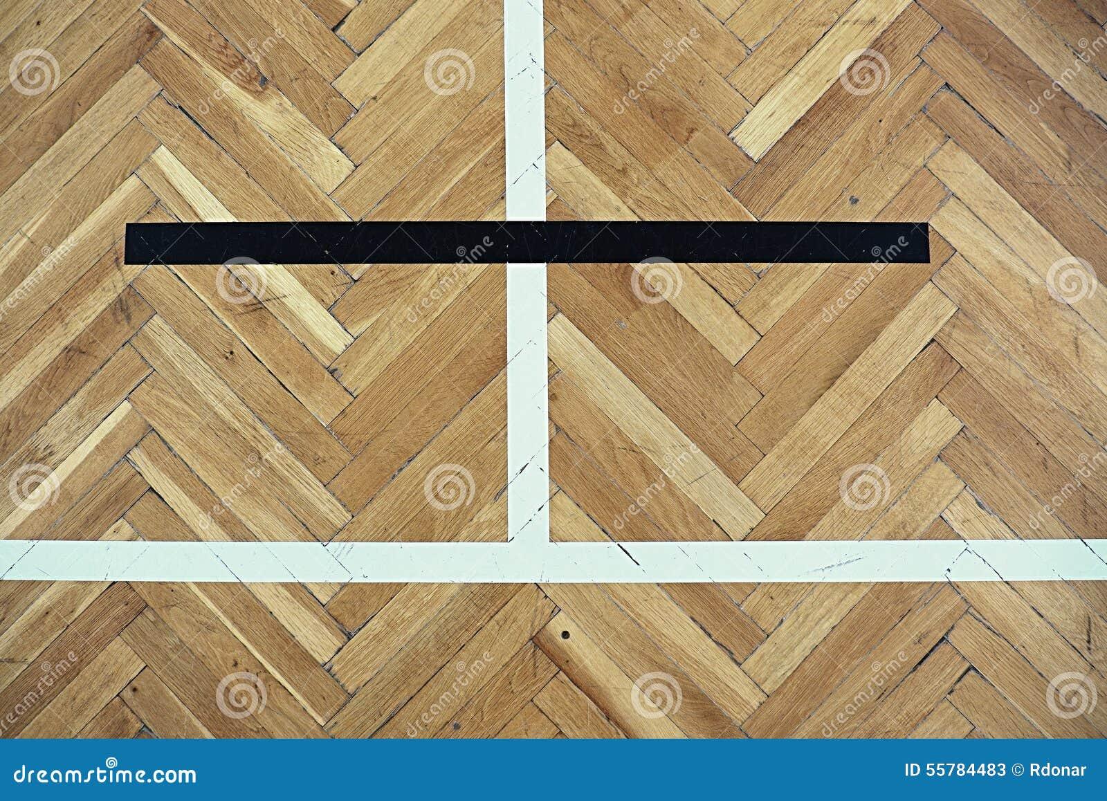 Oude Houten Vloeren : Uitgeputte oude houten vloer van sporthal met kleurrijke het merken