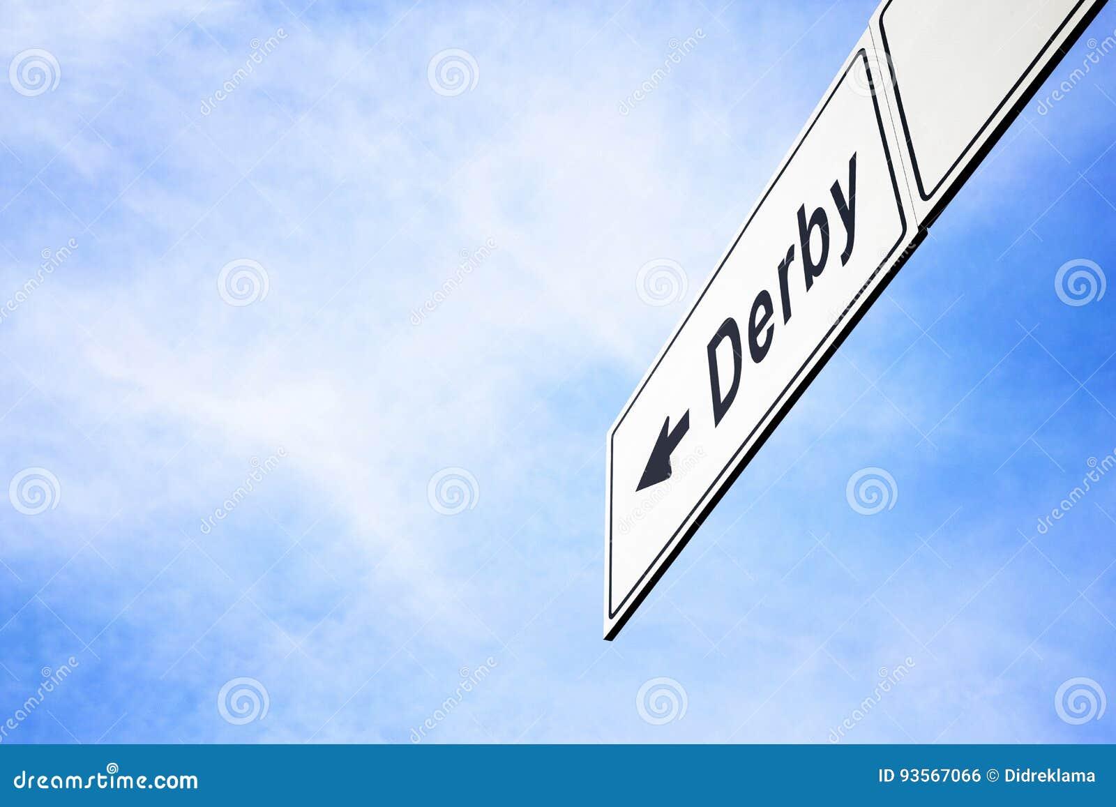 Uithangbord die naar Derby richten