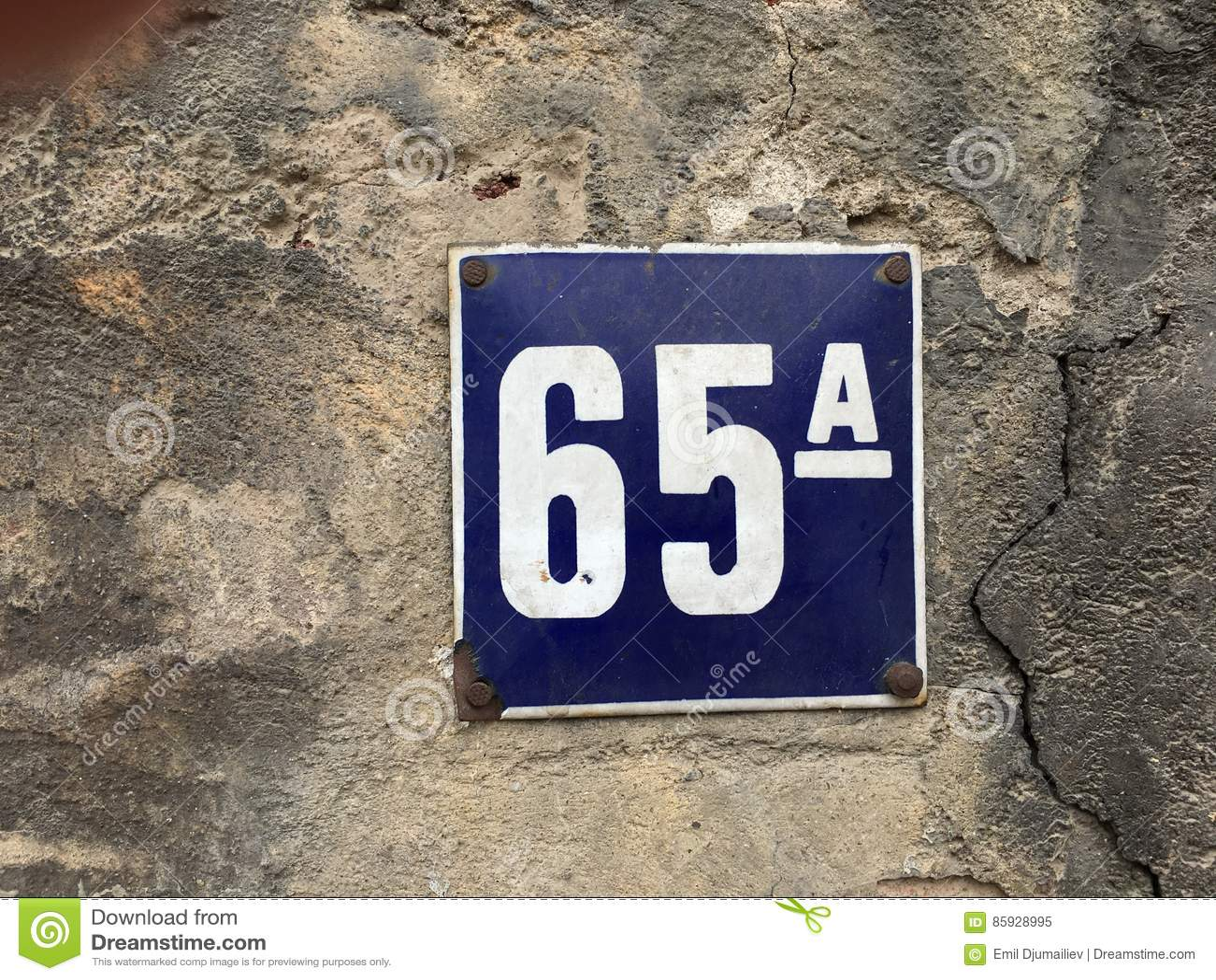 Uitstekend huisnummer 65