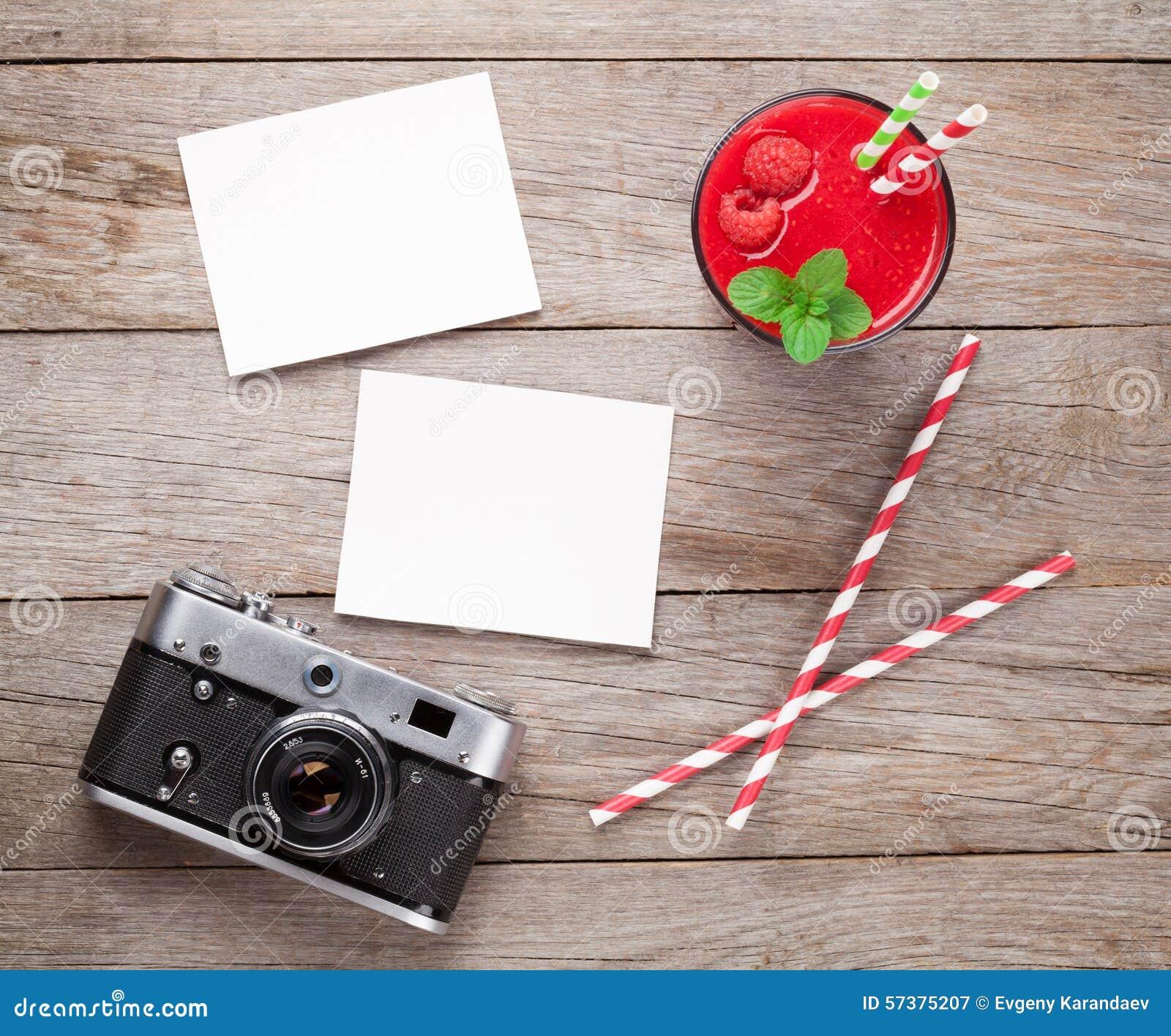 Uitstekende camera, twee foto s en framboos smoothie