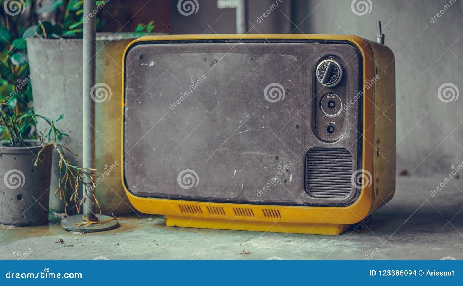 Uitstekende Draagbare Televisie Oude Inzameling