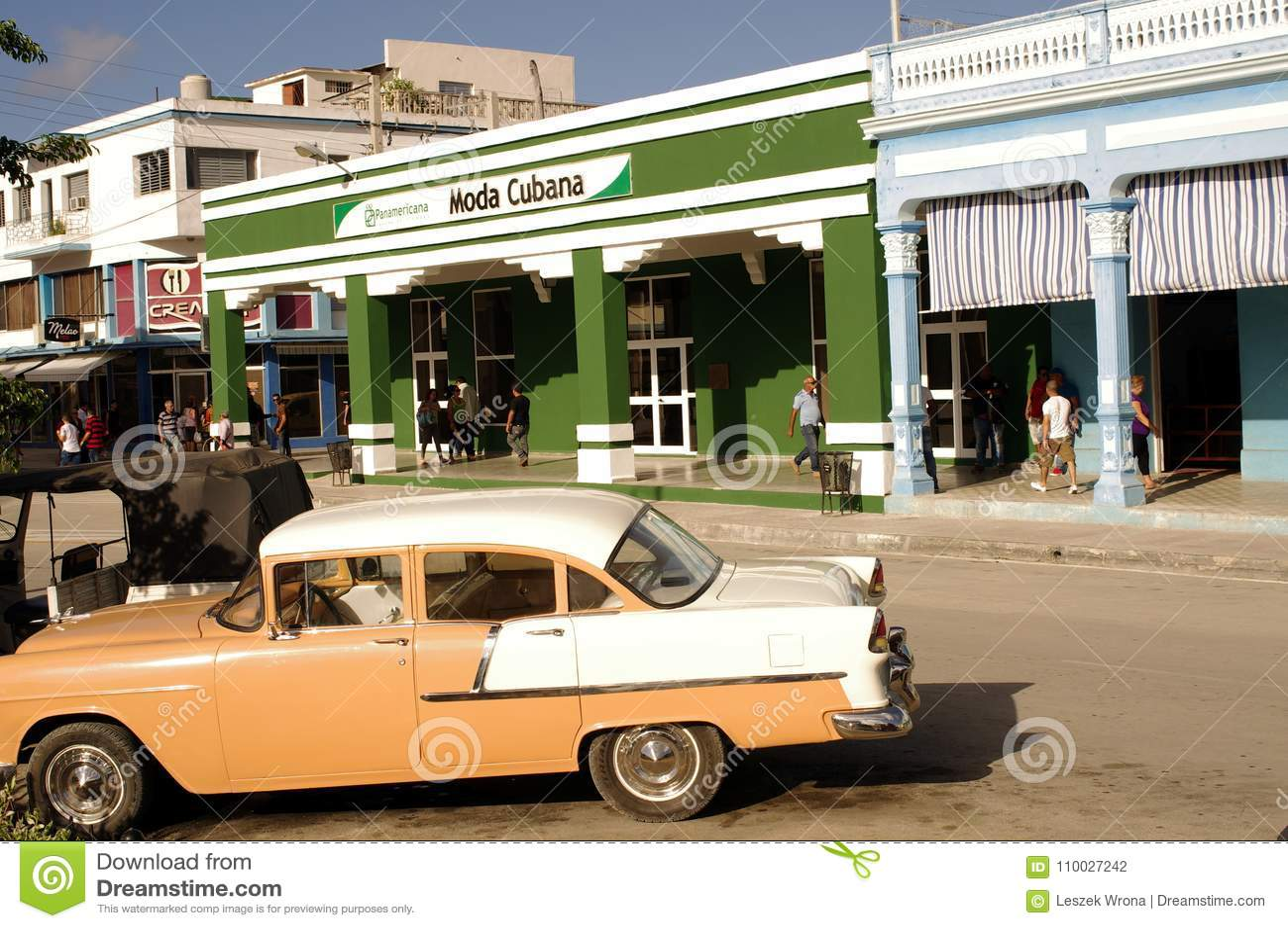 Uitstekende klassieke auto voor Cubaanse winkel