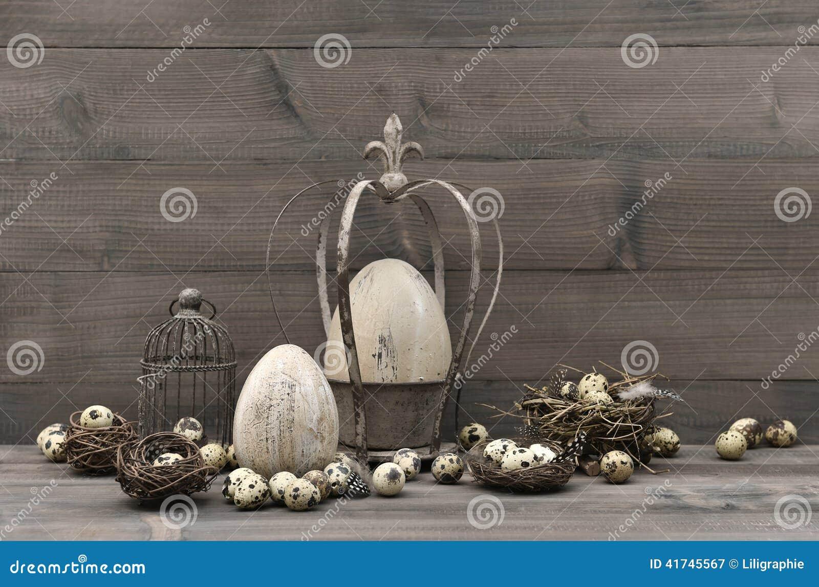 Uitstekende pasen decoratie sjofel elegant stilleven stock