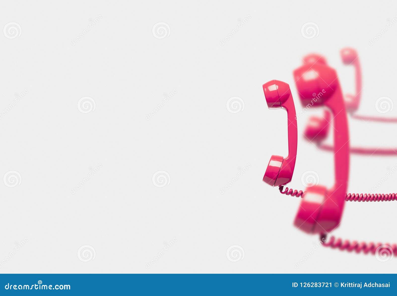 Uitstekende roze telefoon reciver