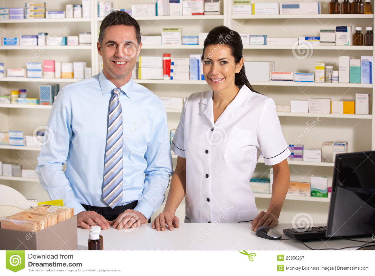 How Do You Become A Pharmacist In The UK? - YouTube