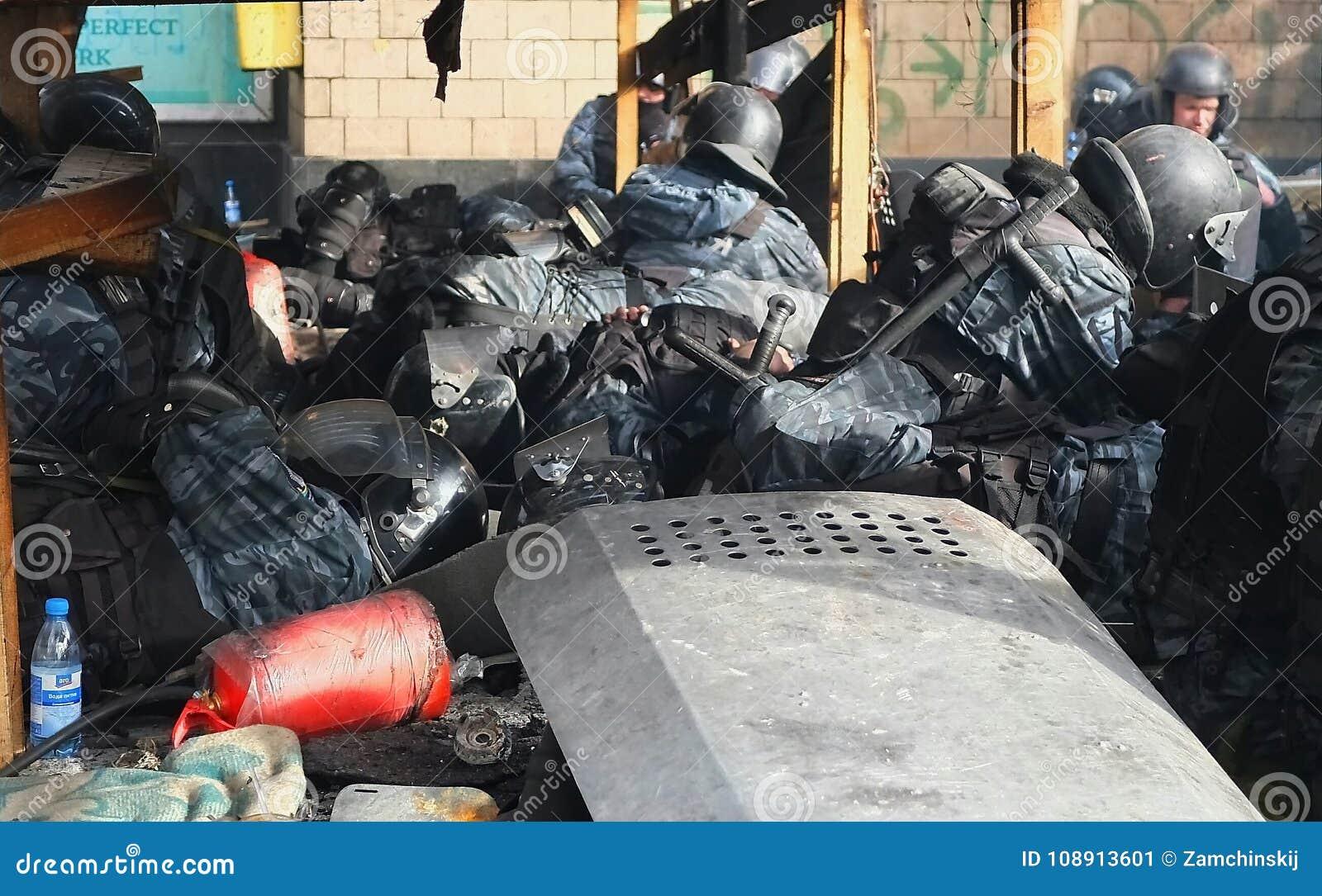 Ukraine, Kiev. Street protests in Kiev on the Maidan, tired police.