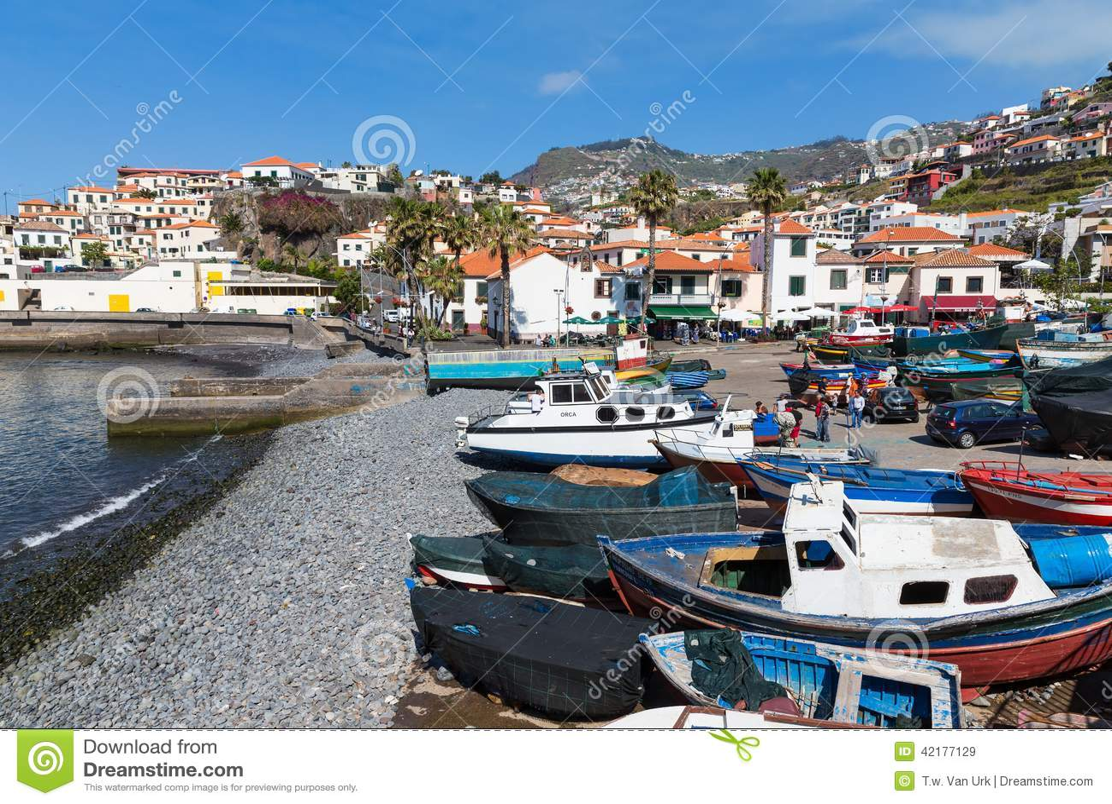 Ukrywa z rybakami i połowów statkami w Funchal, Portugalia