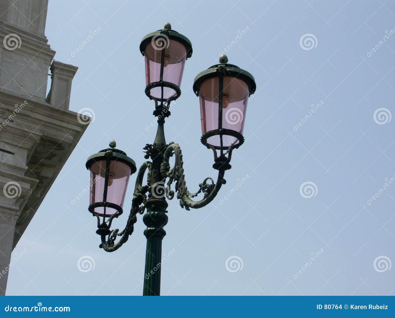 Ulica venetian lampa