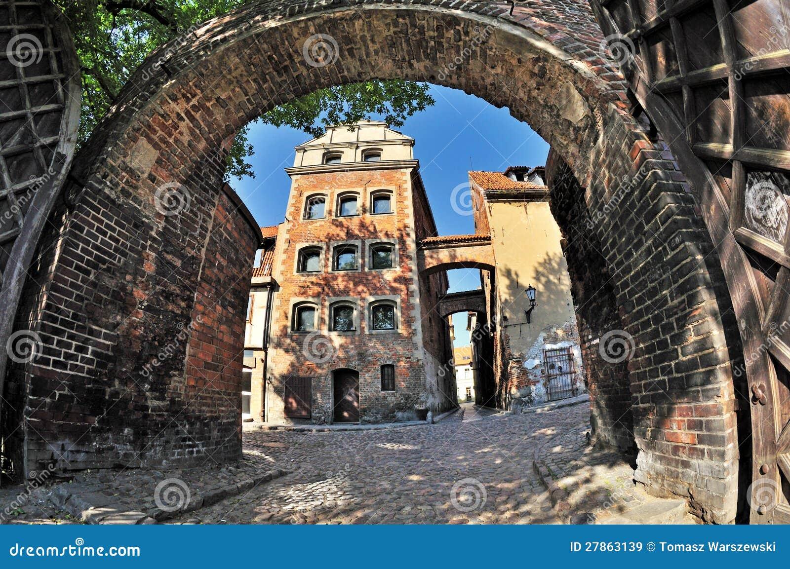 Ulica w Toruńskim, Polska