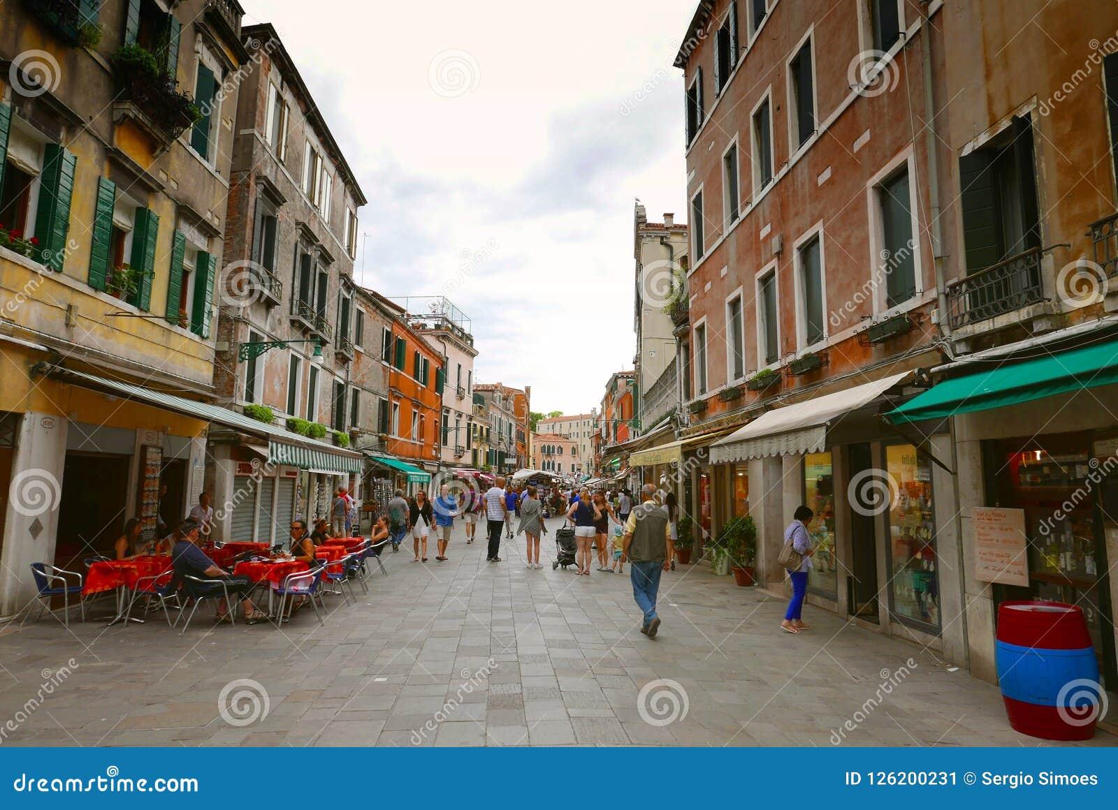 Uliczna scena w Wenecja