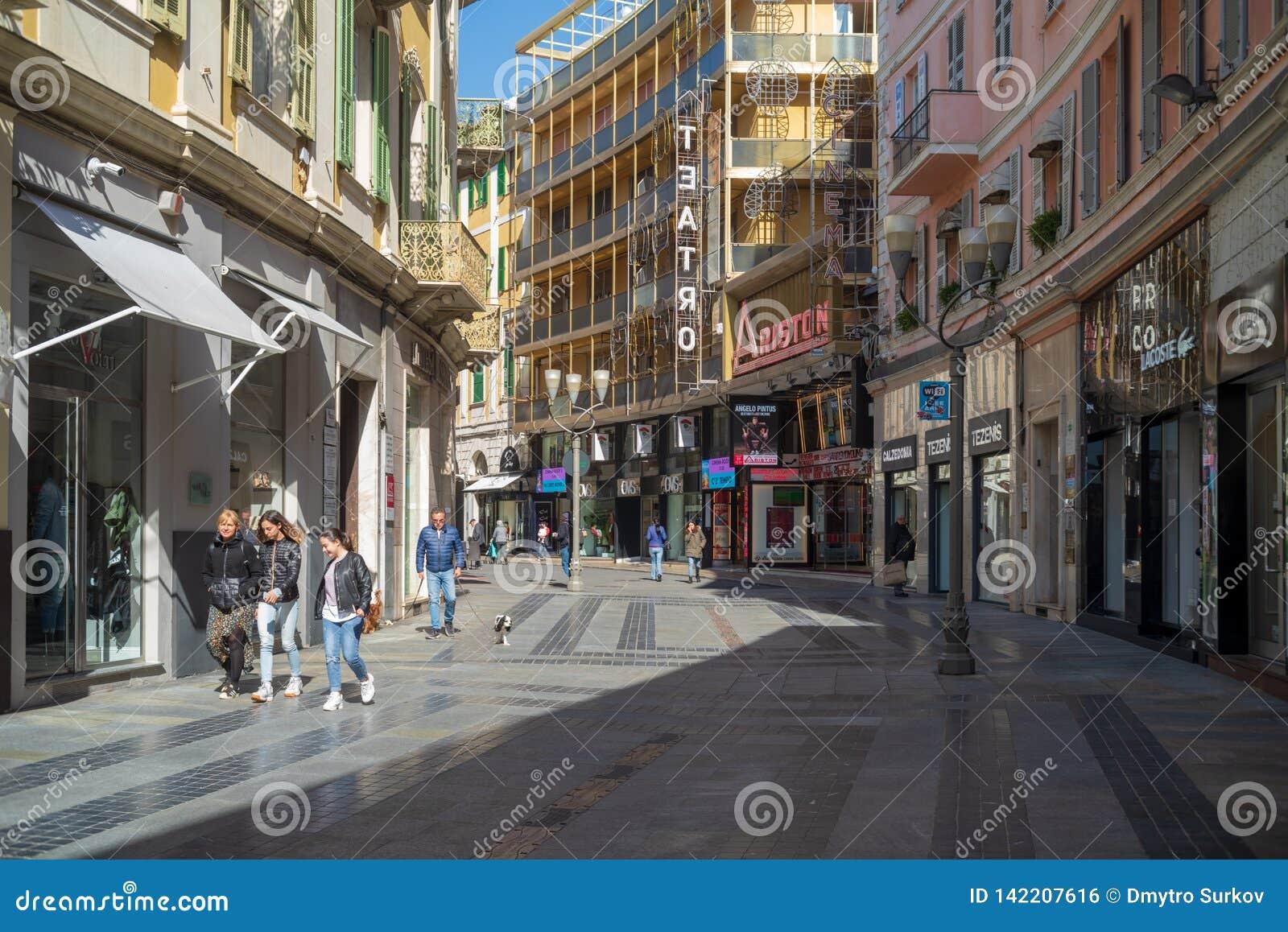 Uliczny widok Sanremo, Włochy