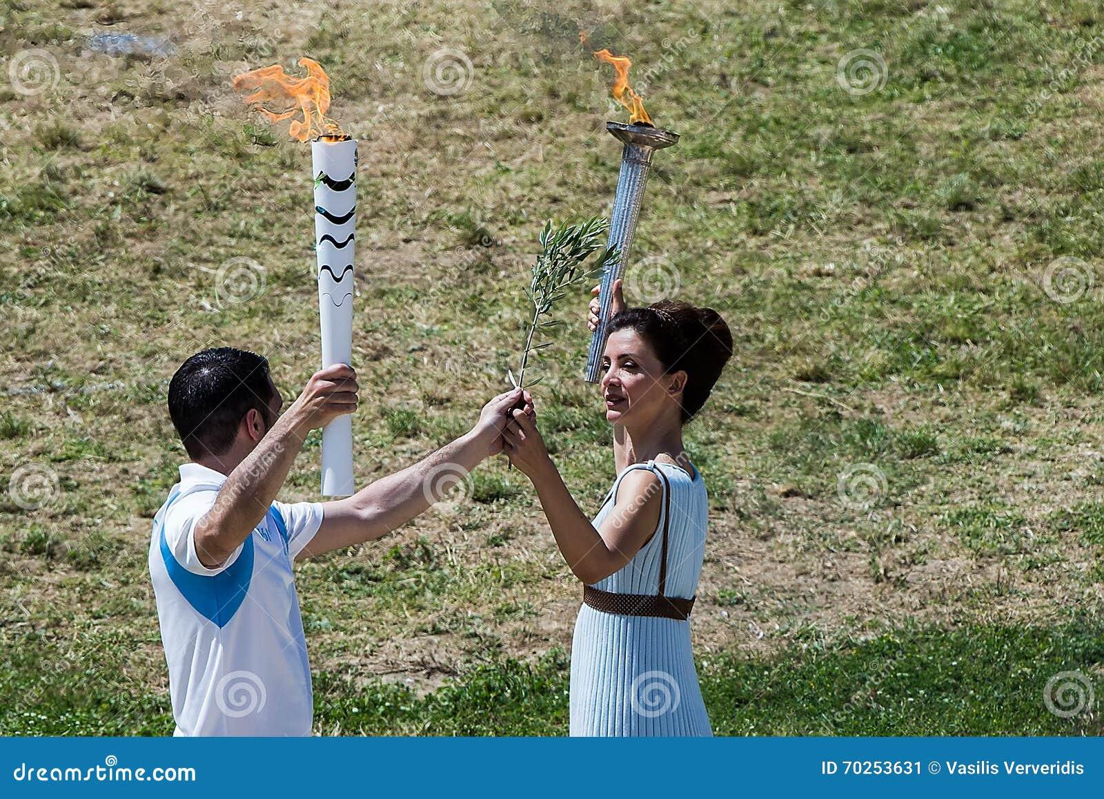 Ultima ripetizione della cerimonia di illuminazione della fiamma