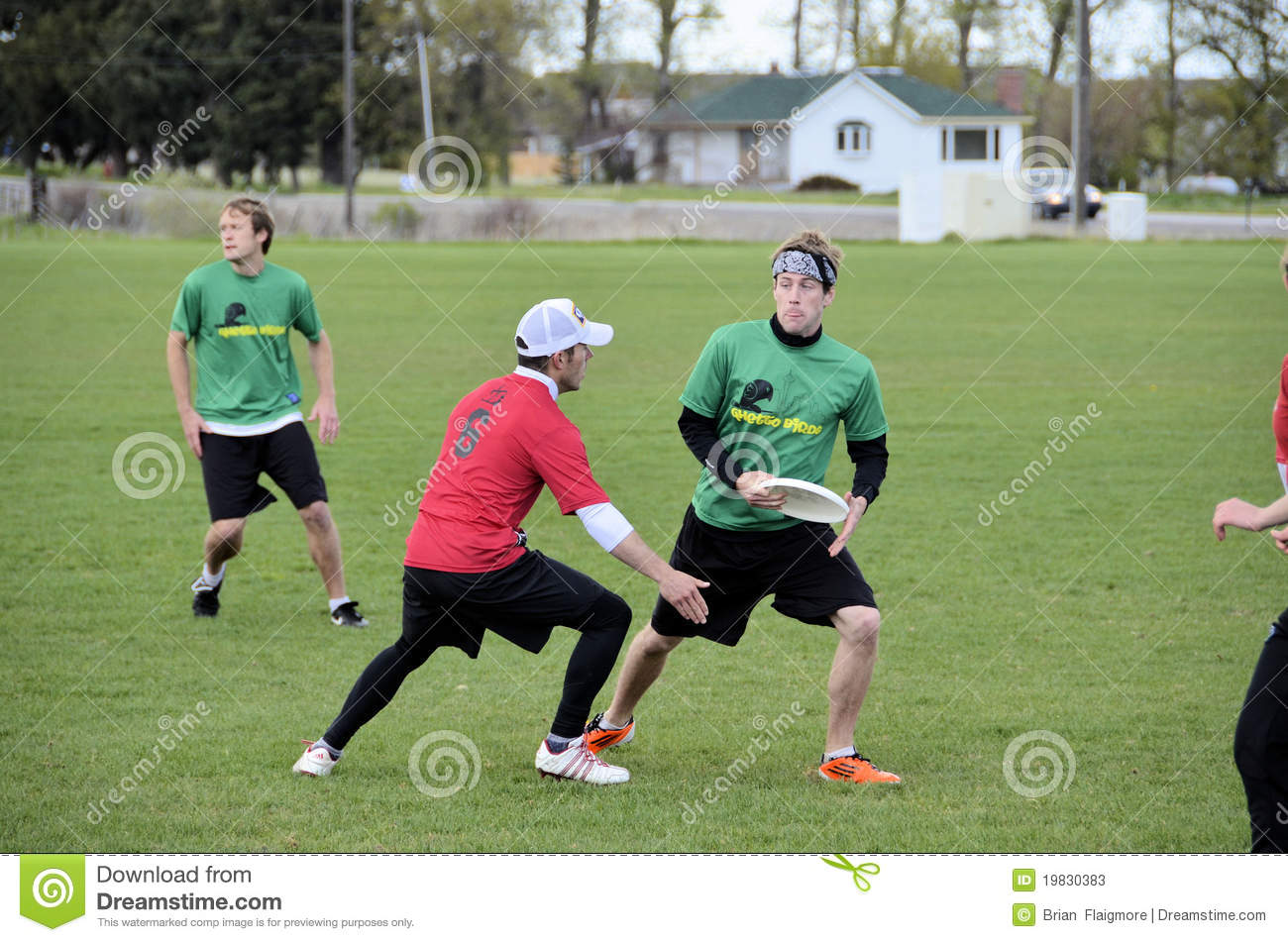 Ultimate Frisbee players battle in Bozeman Montana in the recent ...