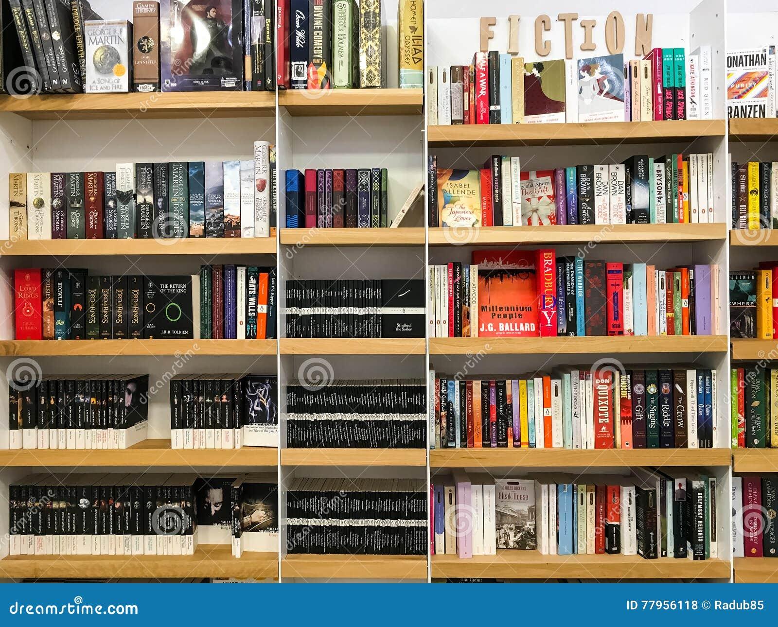 Ultimi romanzi famosi inglesi di romanzo da vendere nel deposito di libro delle biblioteche