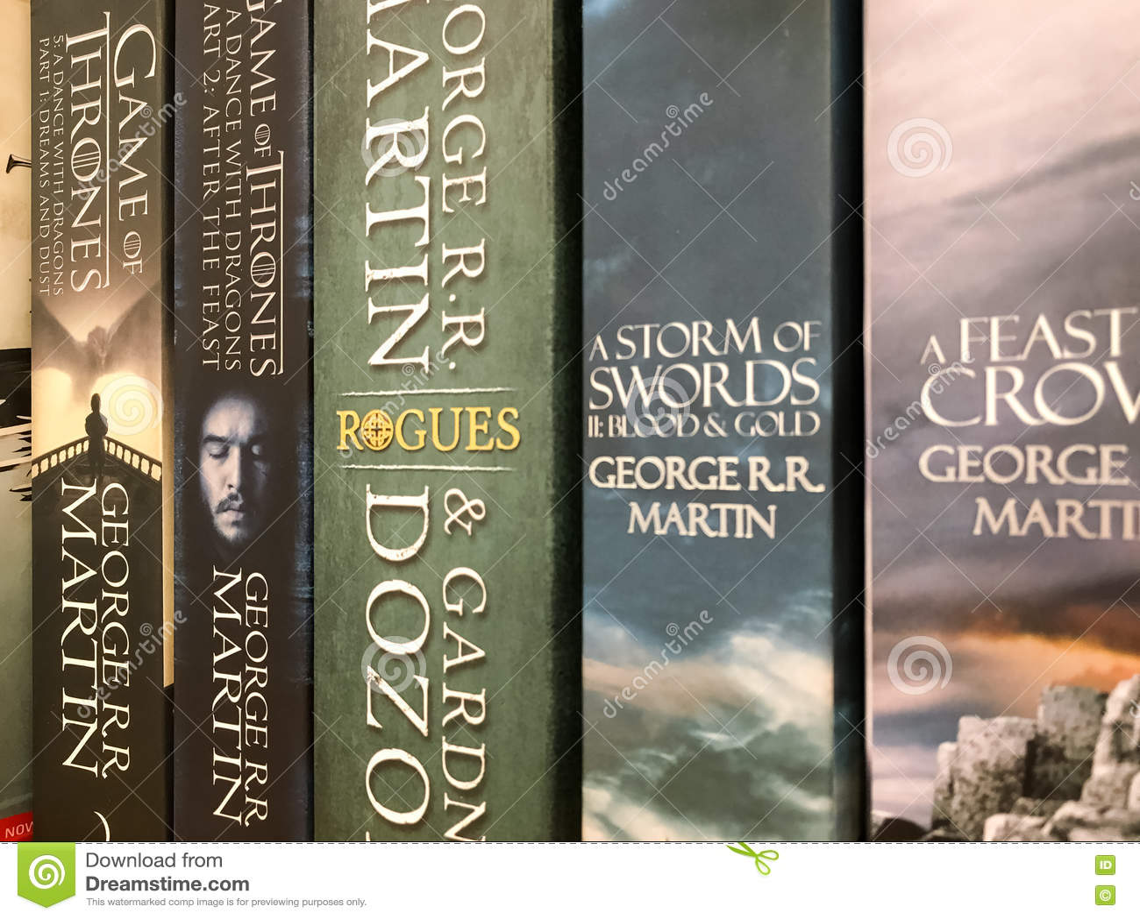 Ultimi romanzi inglesi di fantasia da vendere nel deposito di libro delle biblioteche