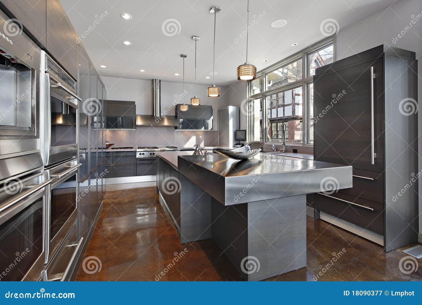 Ultra moderne Küche stockbild. Bild von wohnung, real - 18090377