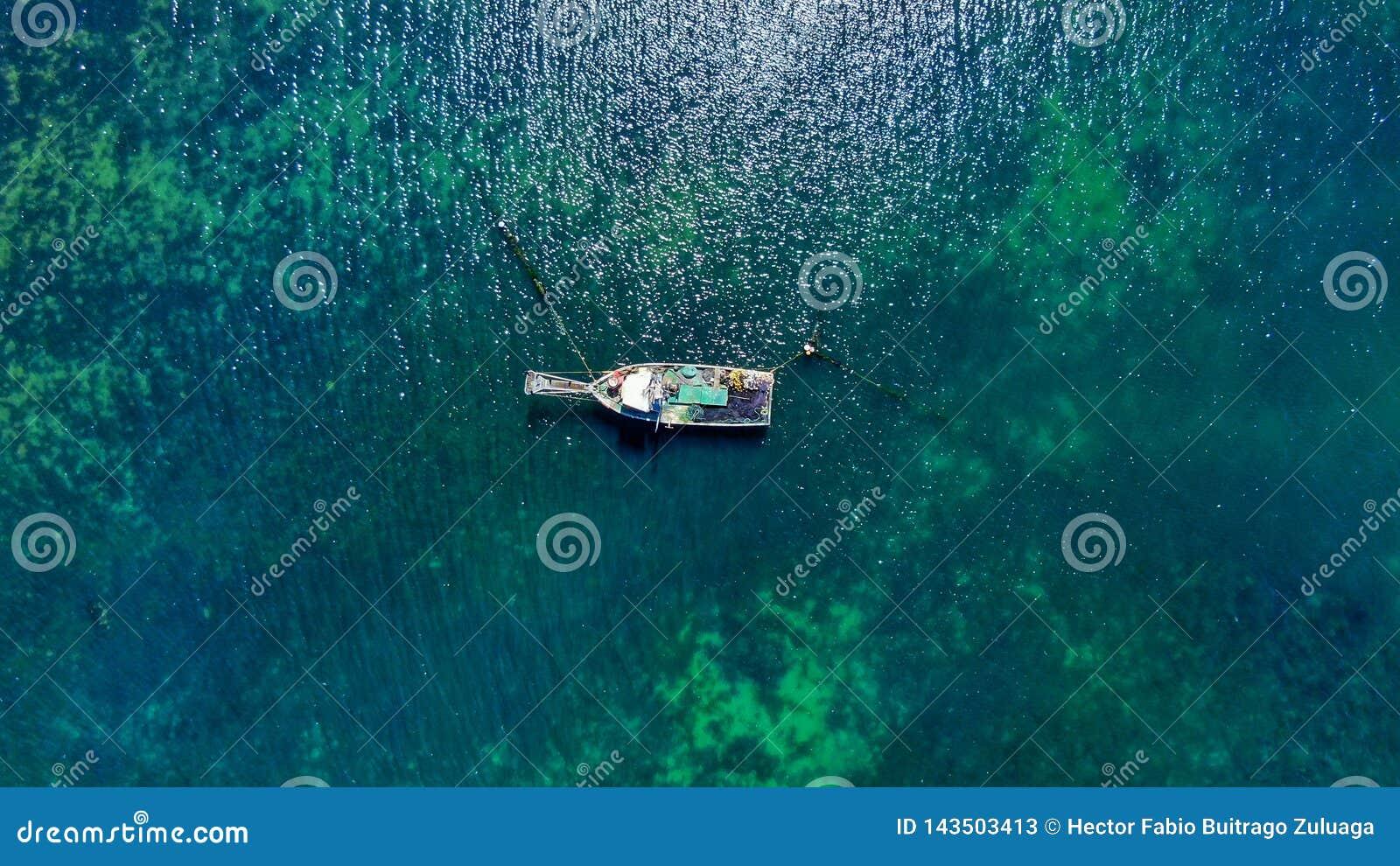 Um barco e um deserto em Colômbia