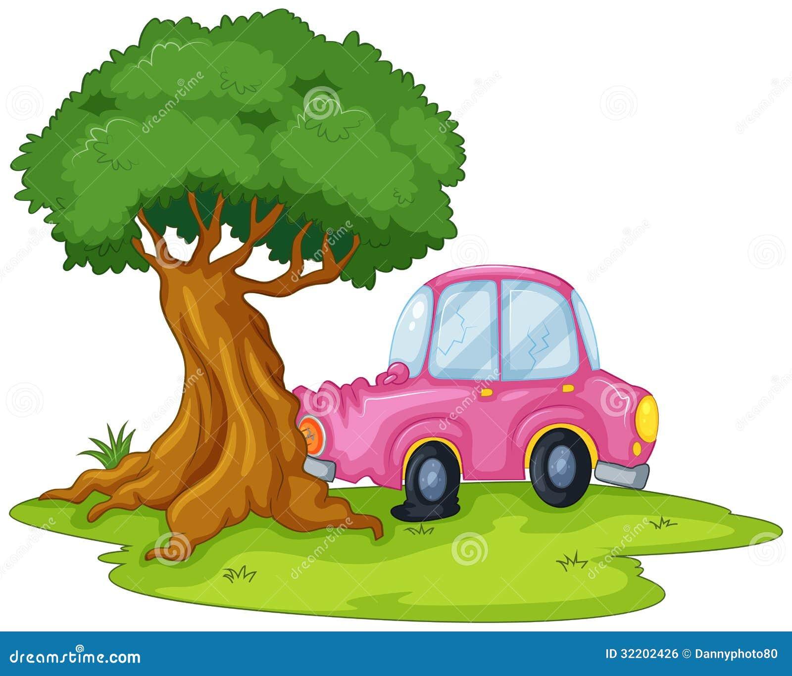 Um carro cor-de-rosa que colide a árvore gigante