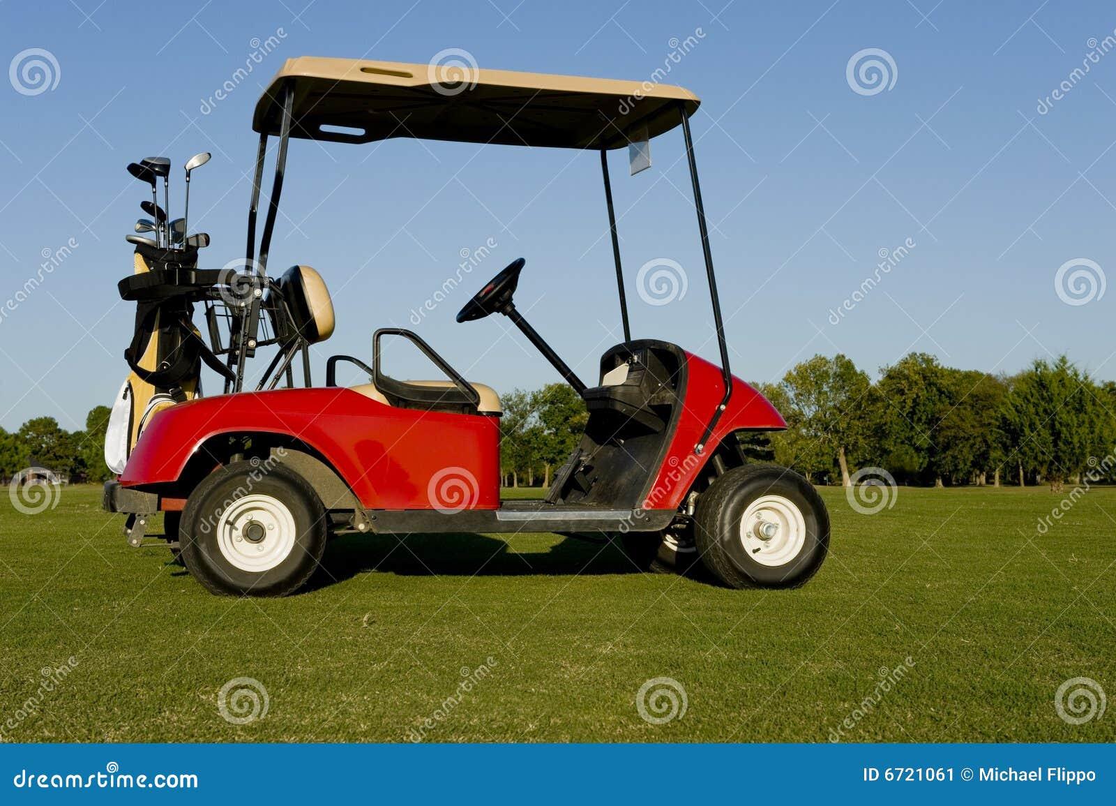Um carro ou um Buggy vermelho de golfe