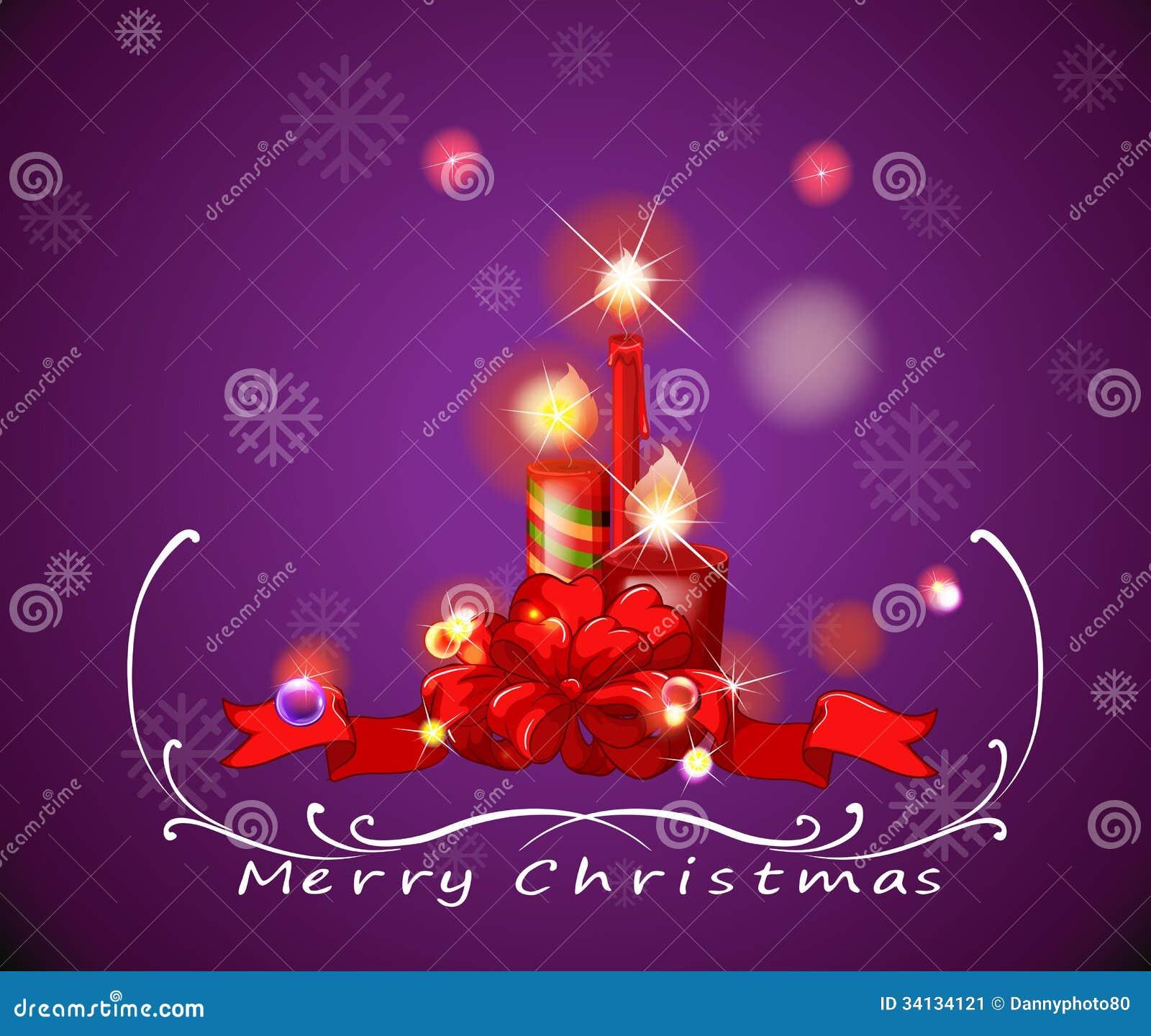 Um cartão de Natal roxo com vermelho iluminou velas