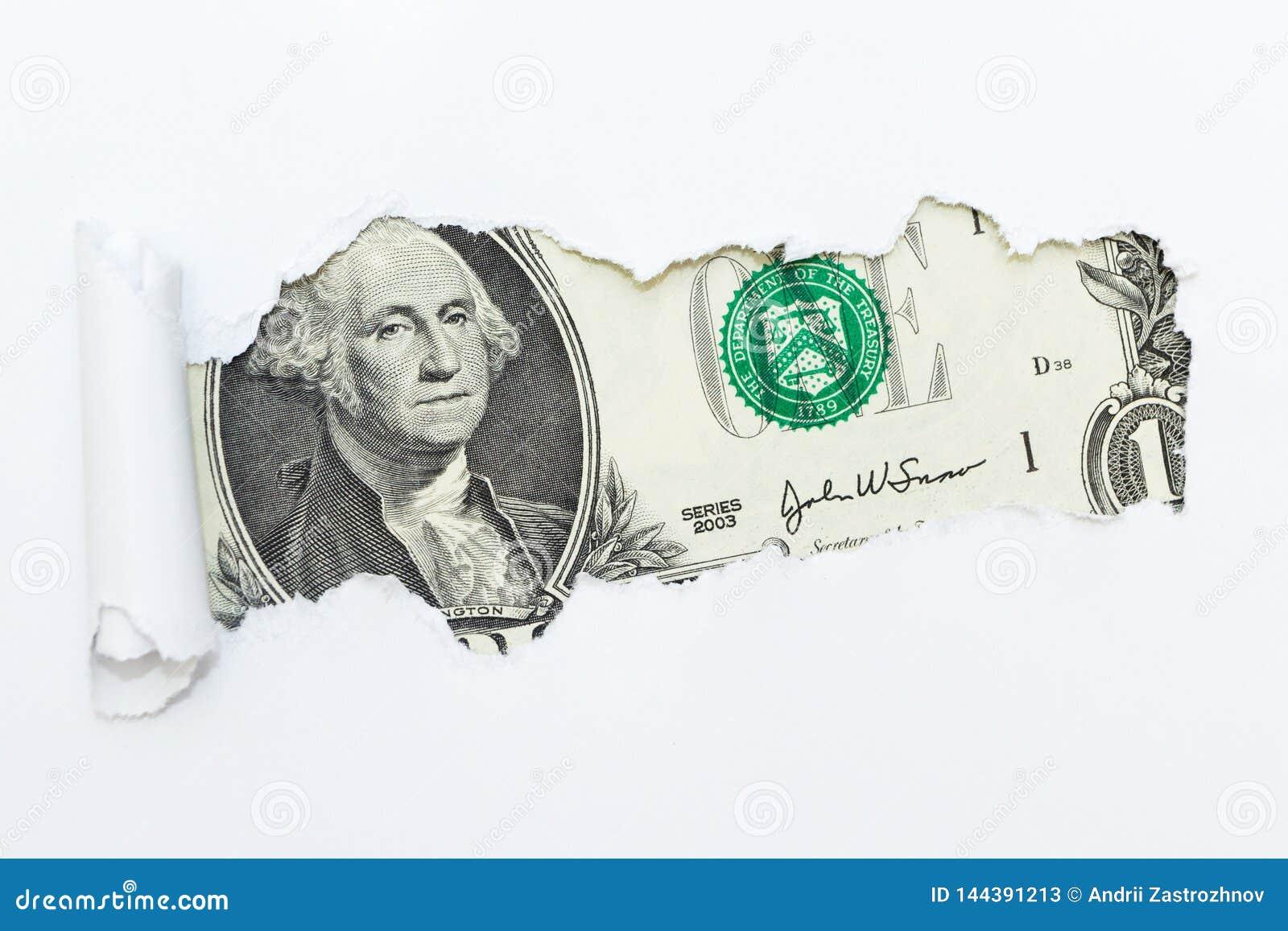 Um furo em um fundo branco Dinheiro escondido, fraude Corrup??o e fraude