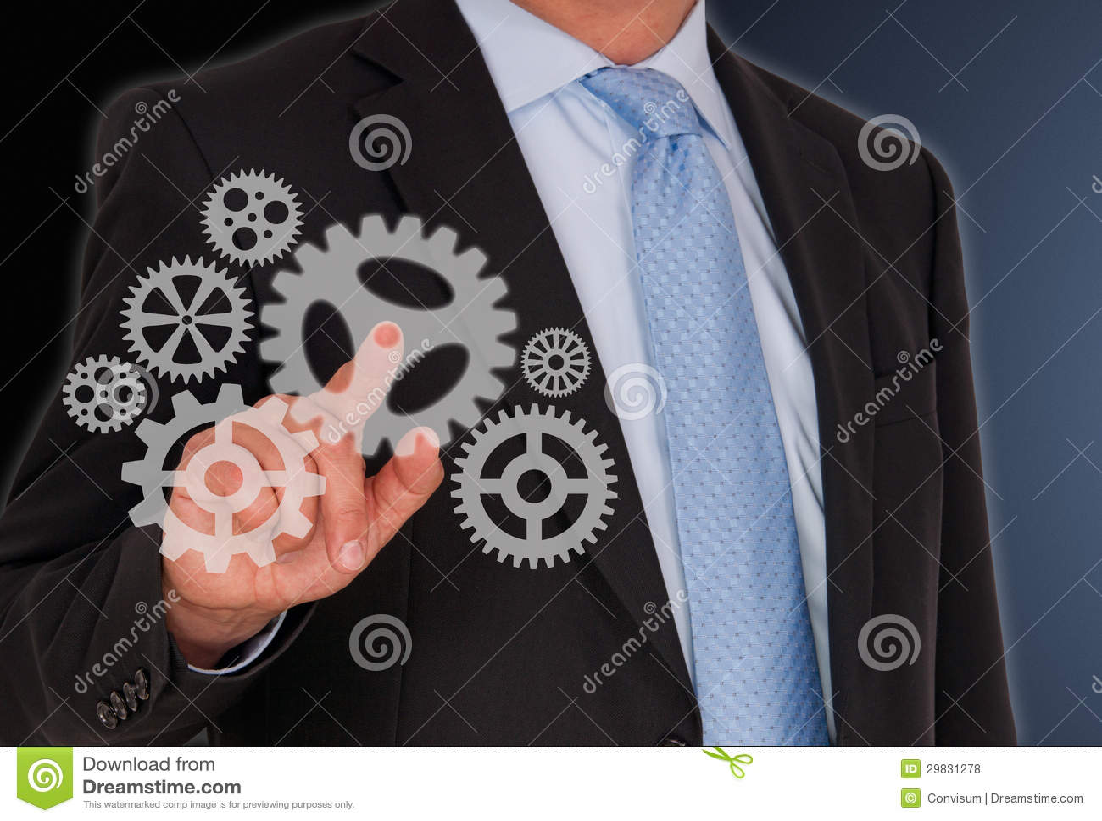 Rodas de giro do homem de negócios