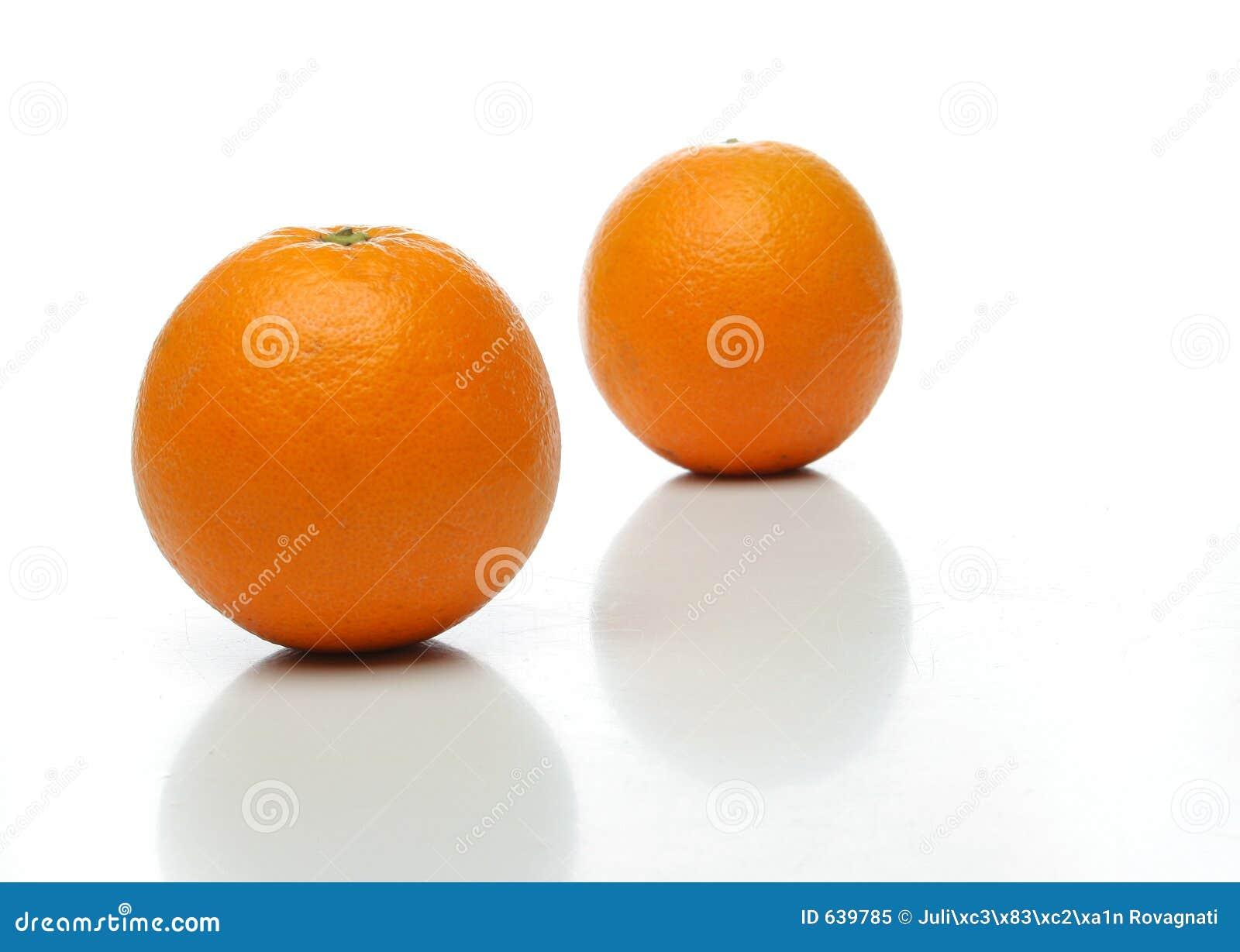 Um par de laranjas suculentas
