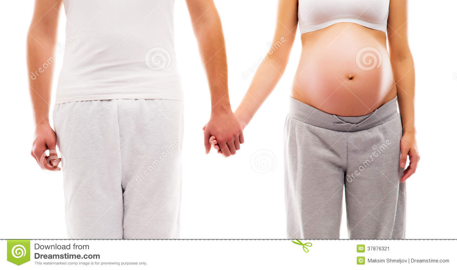 Um par novo: mãe grávida e um pai