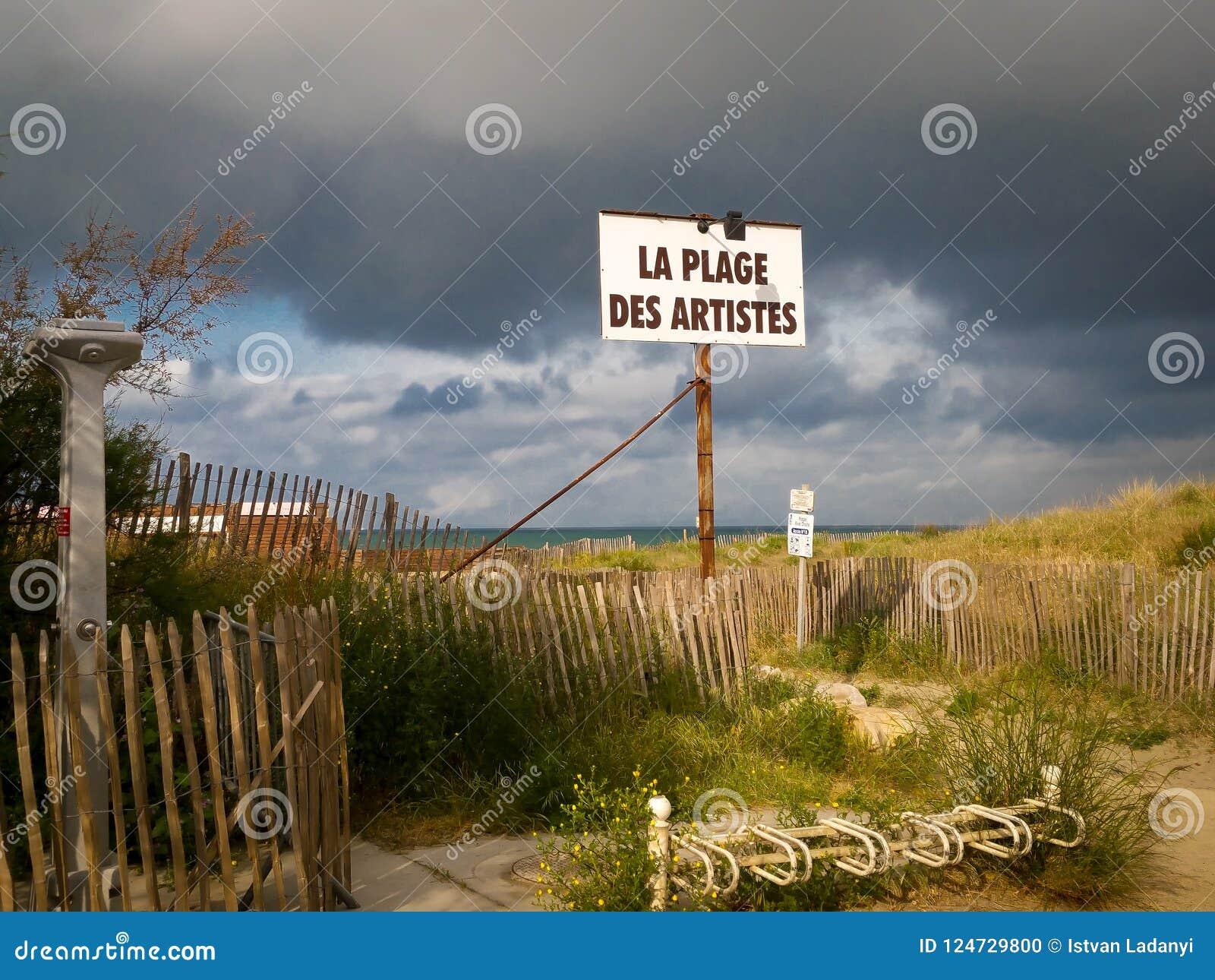 Um sinal na praia