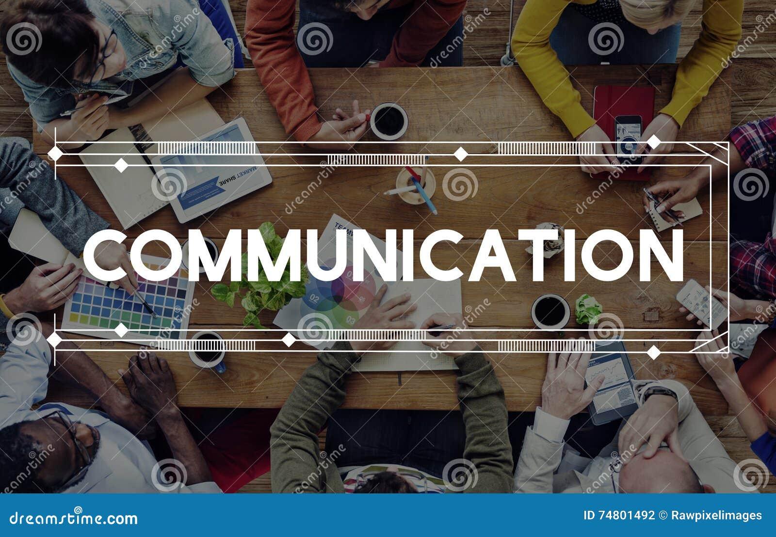 Uma comunicação comunica o conceito da conversação da discussão