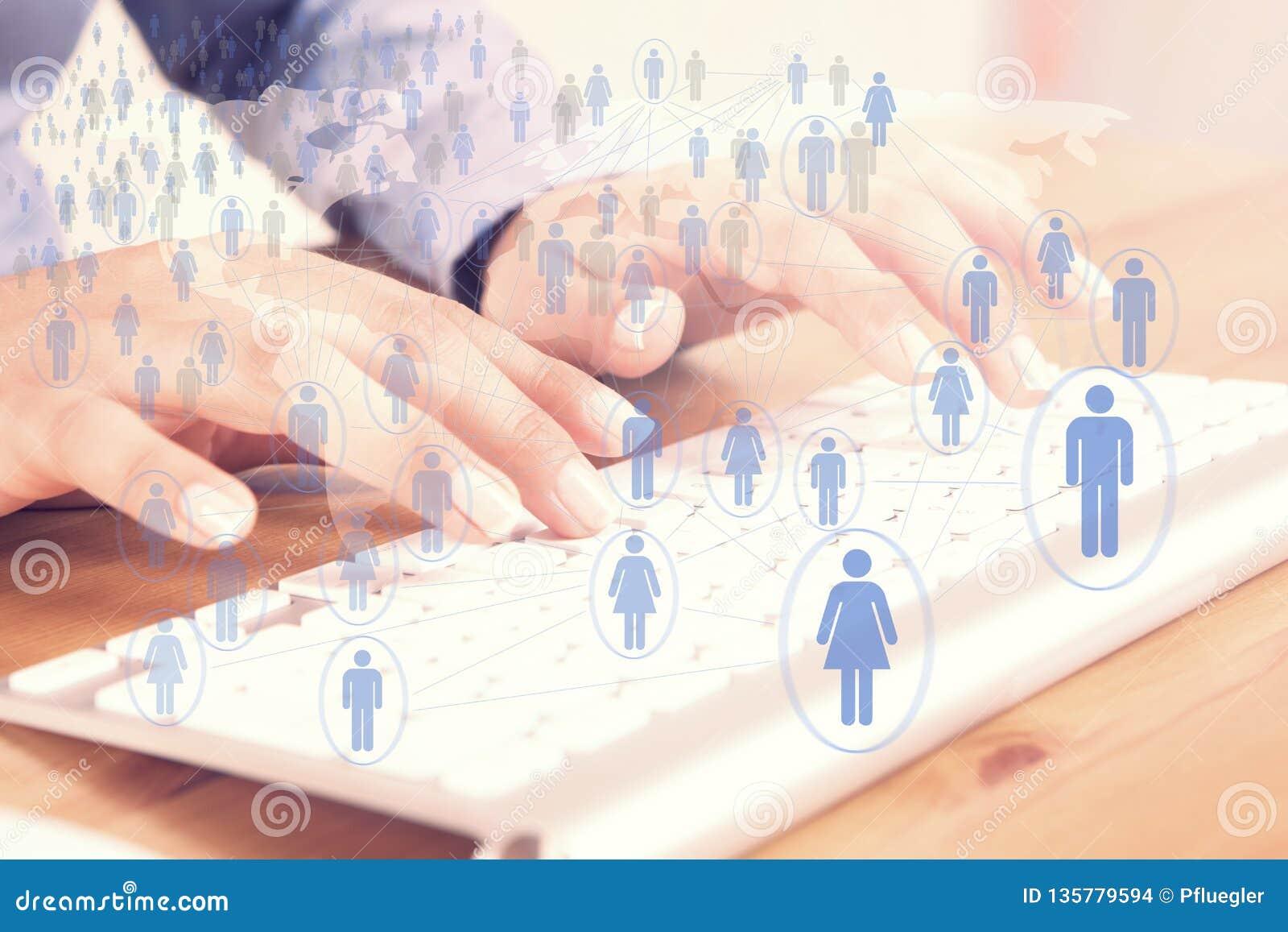 Uma comunicação global social