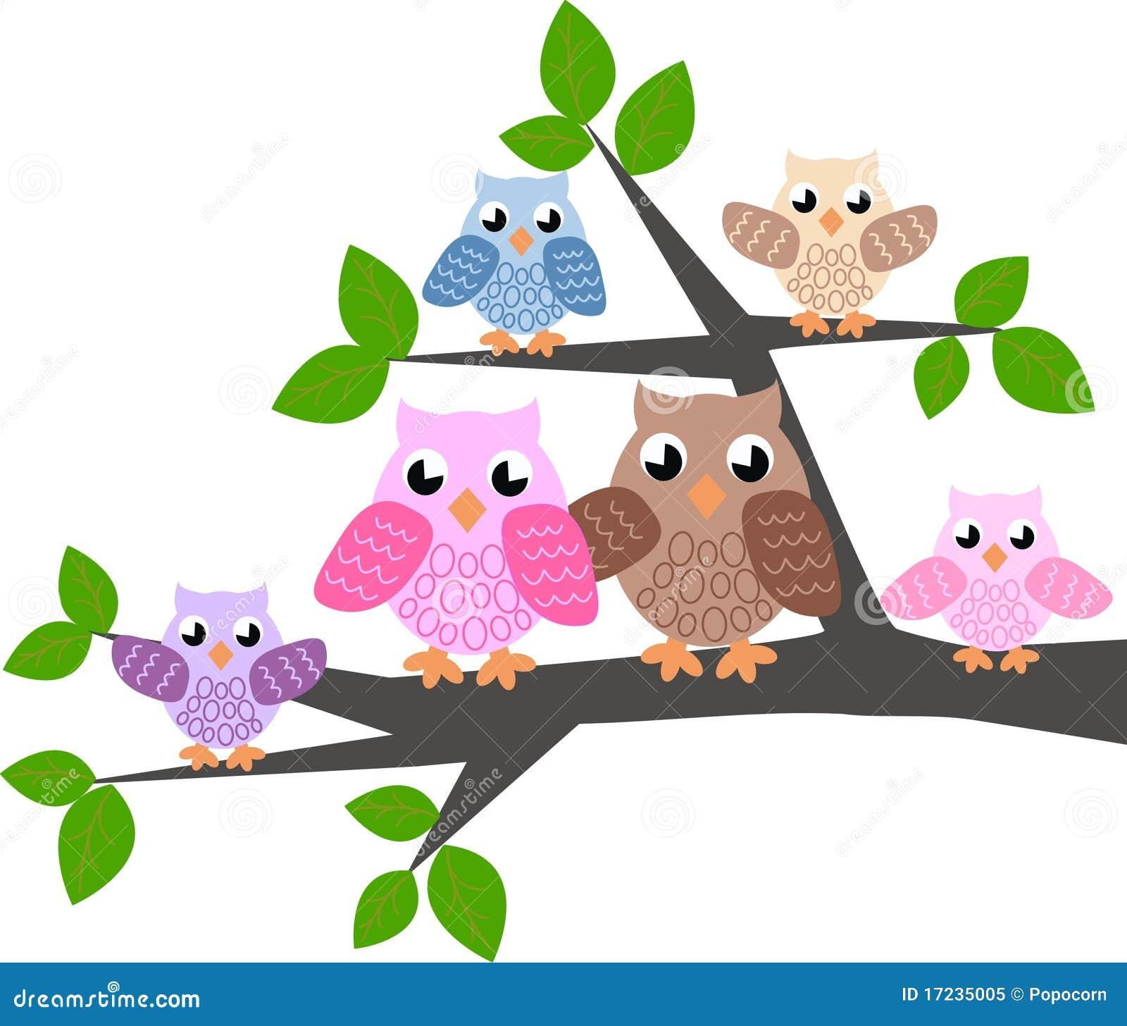 Uma família bonito da coruja