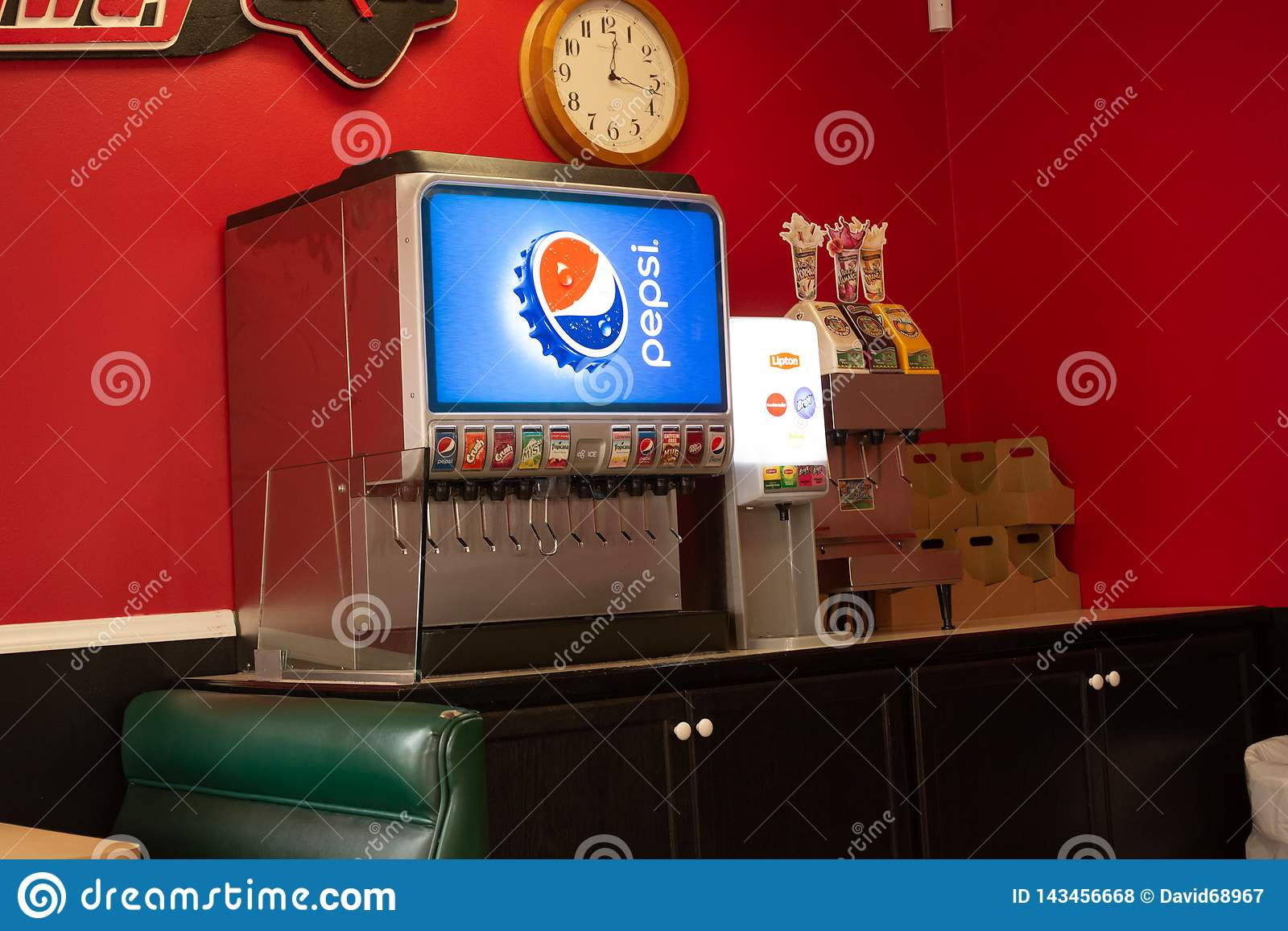 Uma fonte de Pepsi em um restaurante