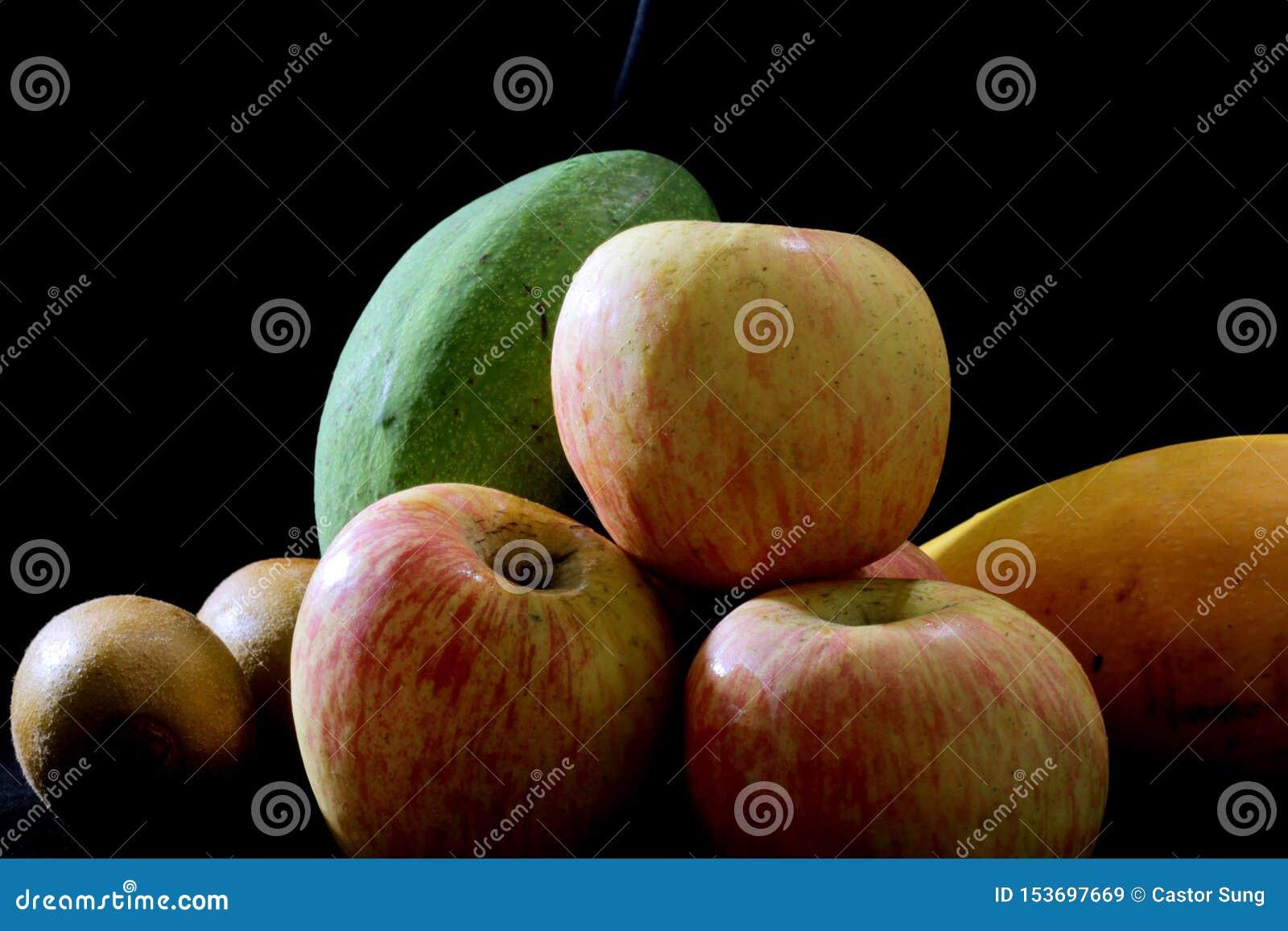 Uma imagem imóvel de frutos deliciosos