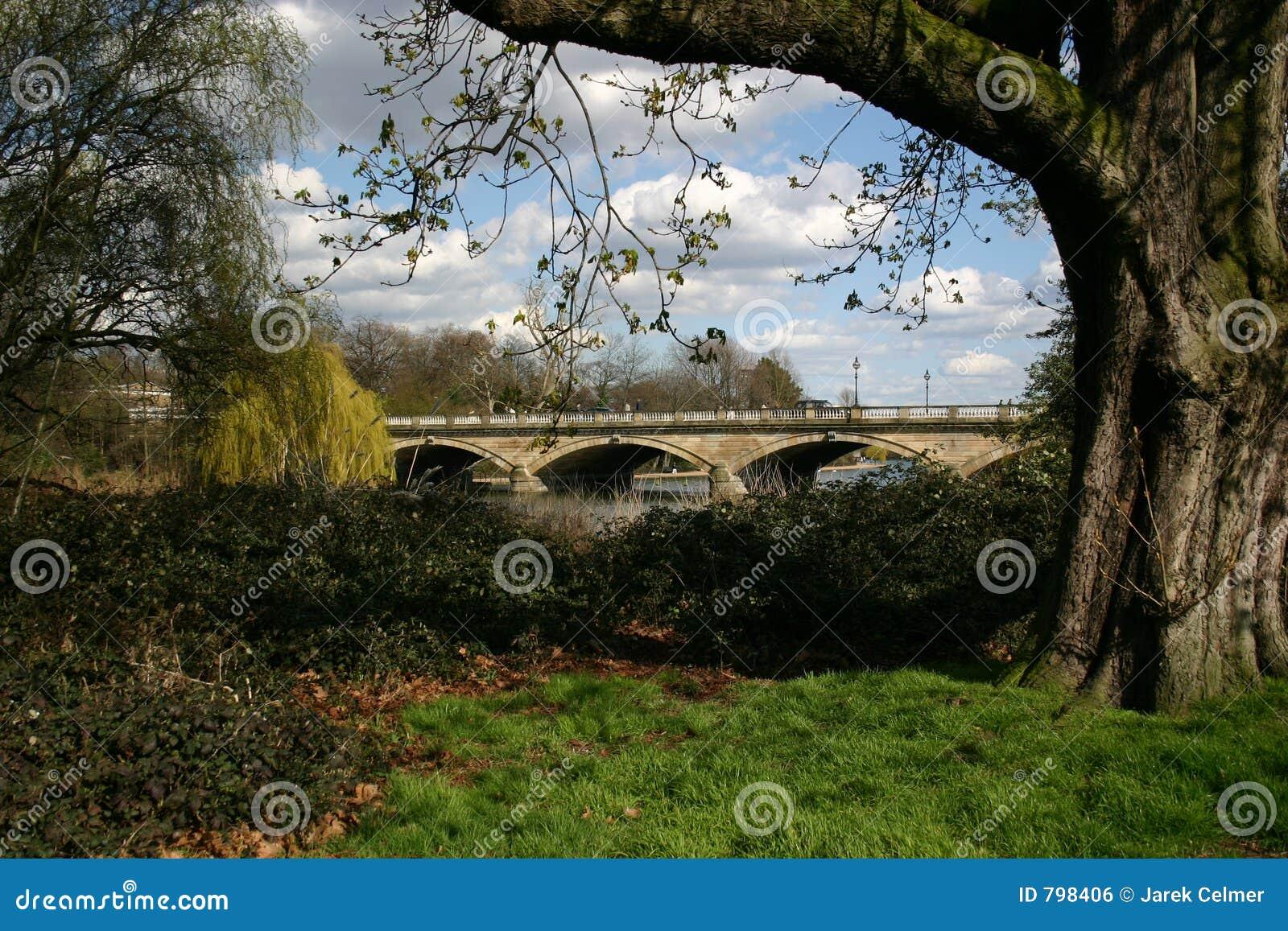 Uma ponte em Londres