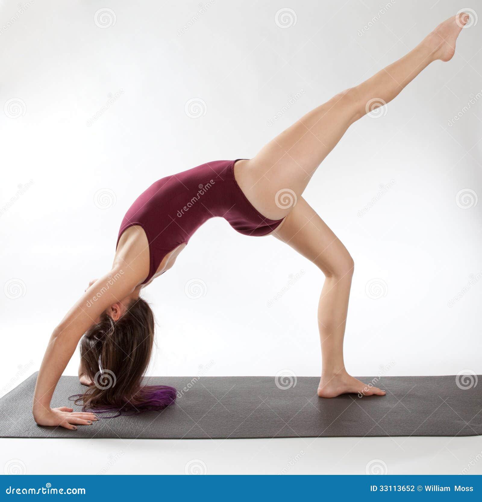 Uma pose equipada com pernas da roda