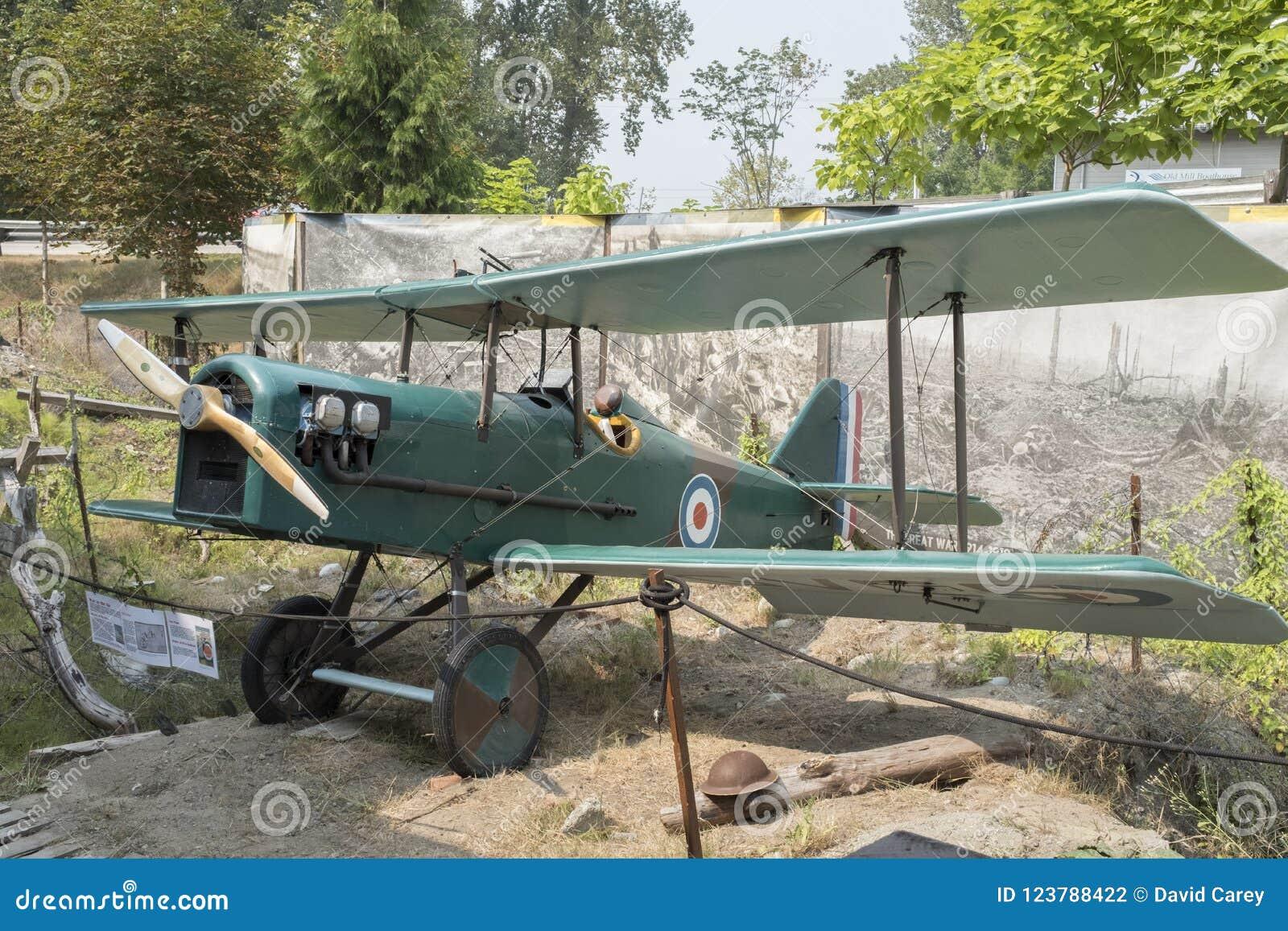 Uma réplica de um biplano de SE5 Royal Air Force