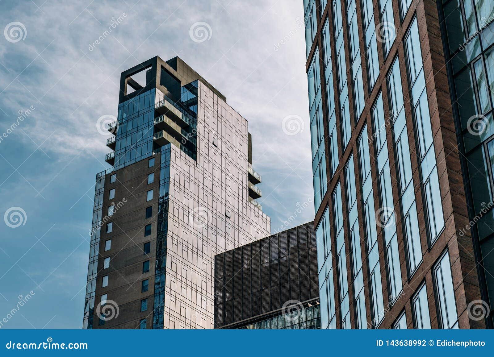 Uma vista de apartamentos luxuosos da casa de Abington da linha alta parque em Chelsea New York City