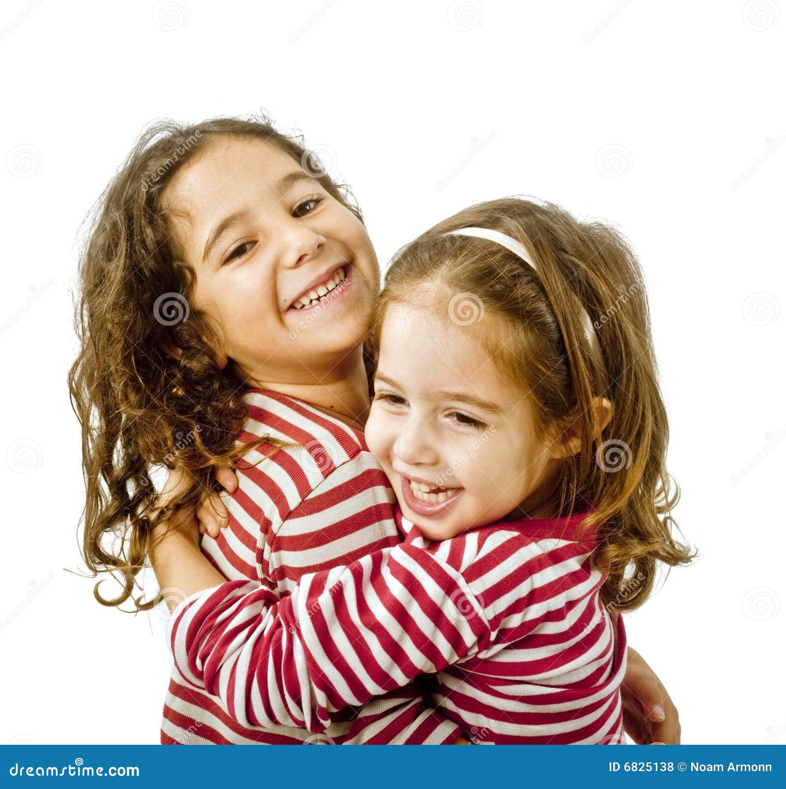 Старший брат трахнул младшую сестру 17 фотография